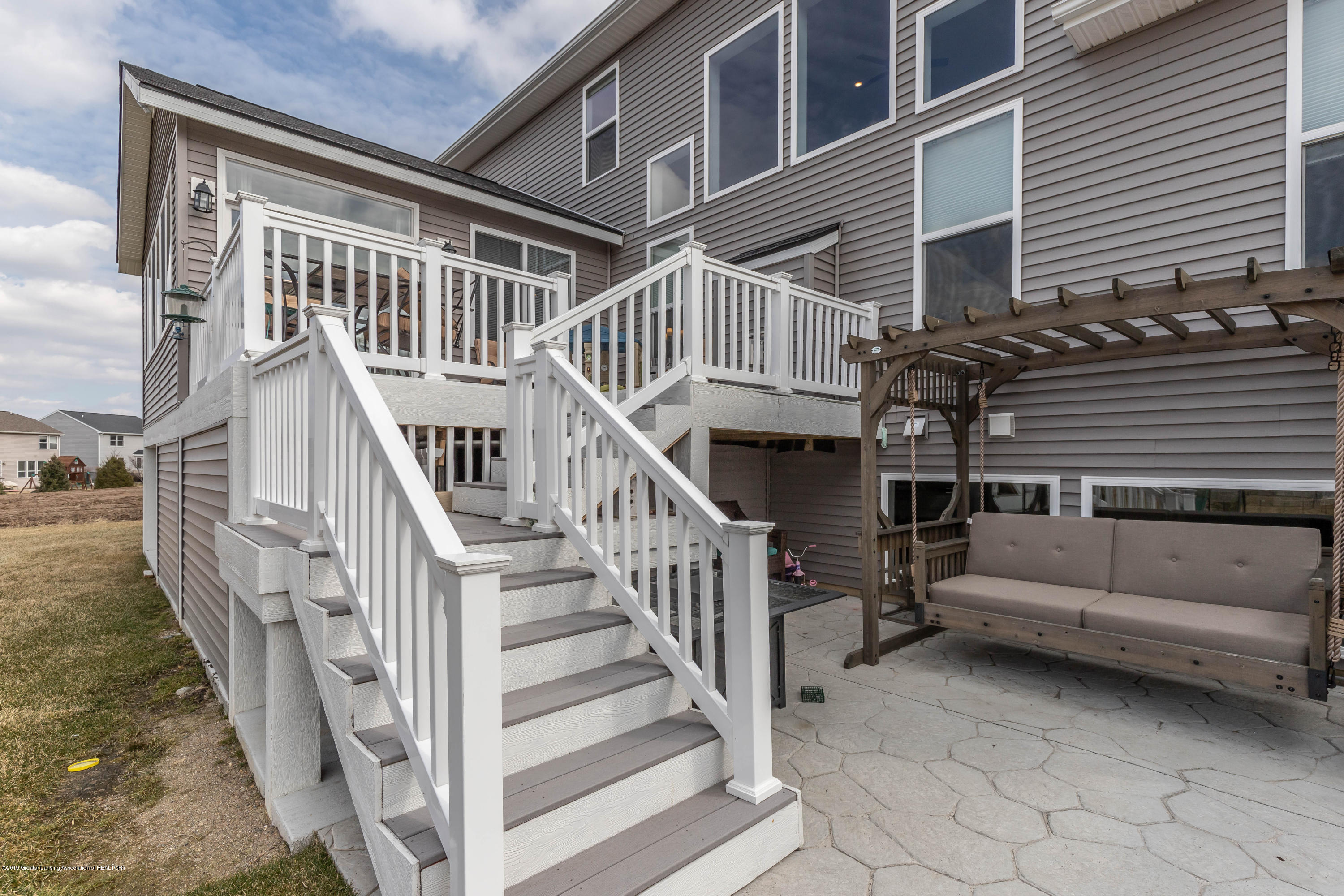 10565 Saddlebrook Dr - exterior deck - 38