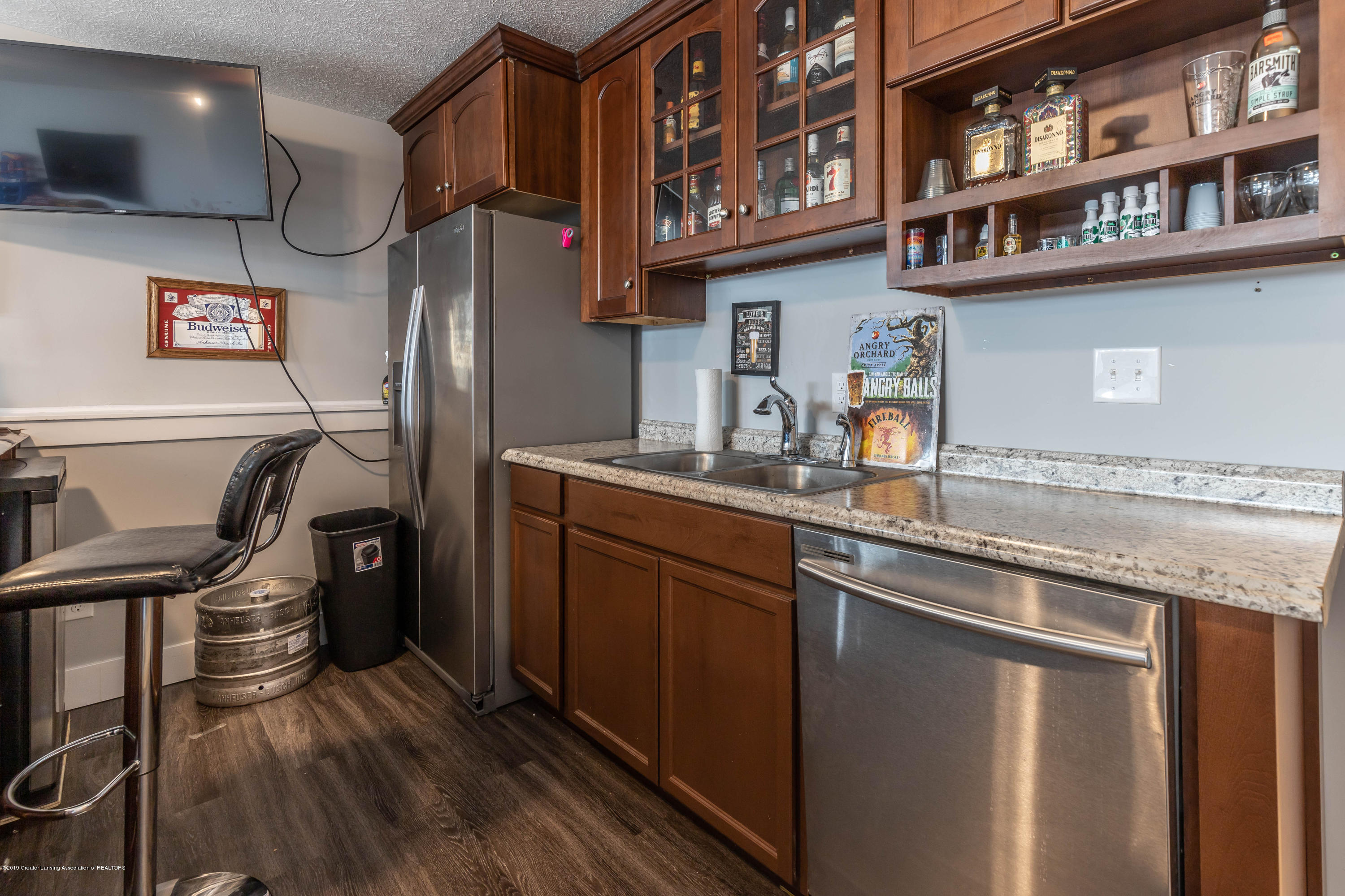 10565 Saddlebrook Dr - lower level kitchen 2 - 30