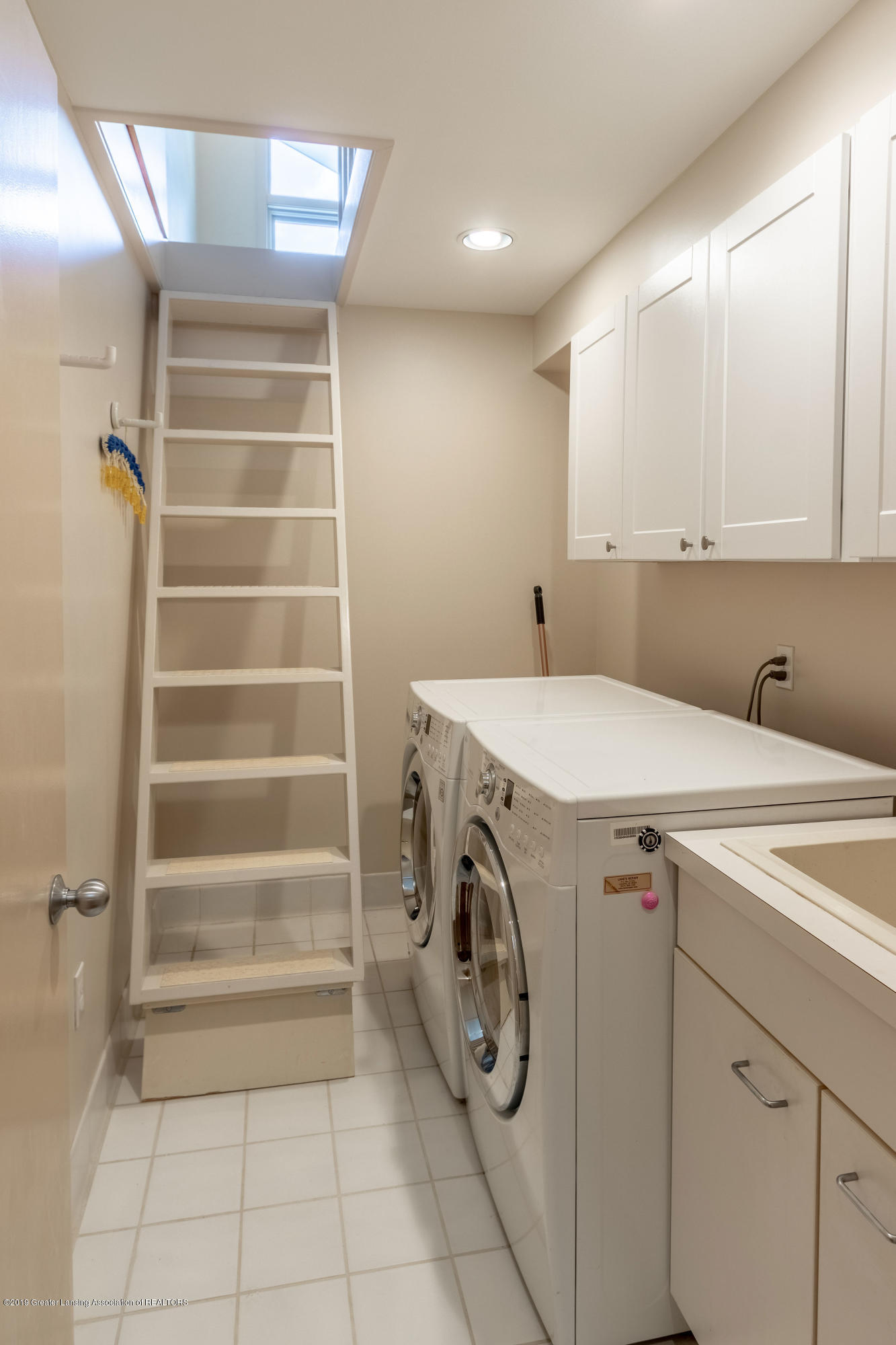 1829 Spring Lake Dr - Laundry Room - 62
