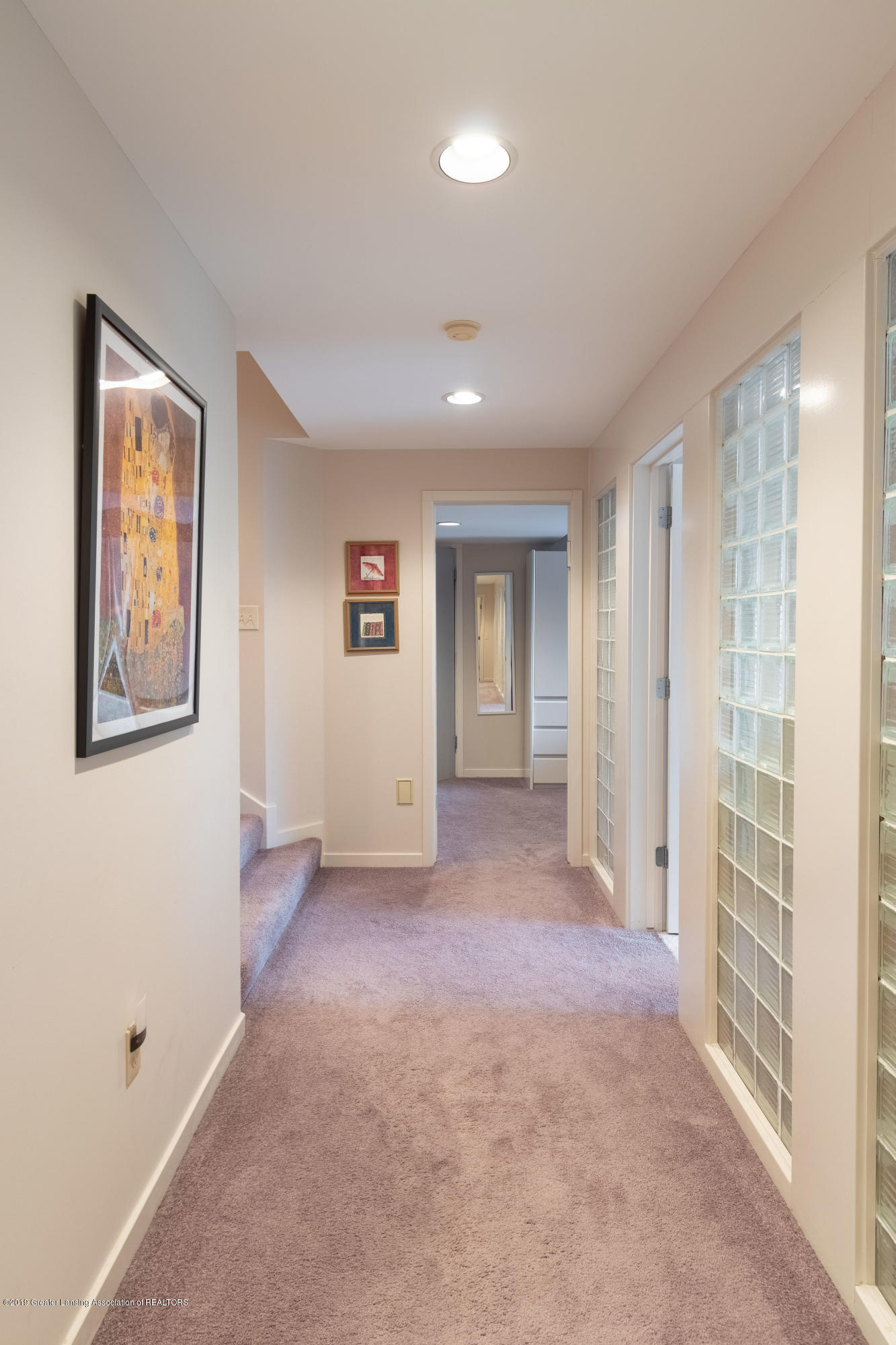 1829 Spring Lake Dr - Hallway to Bedrooms - 66