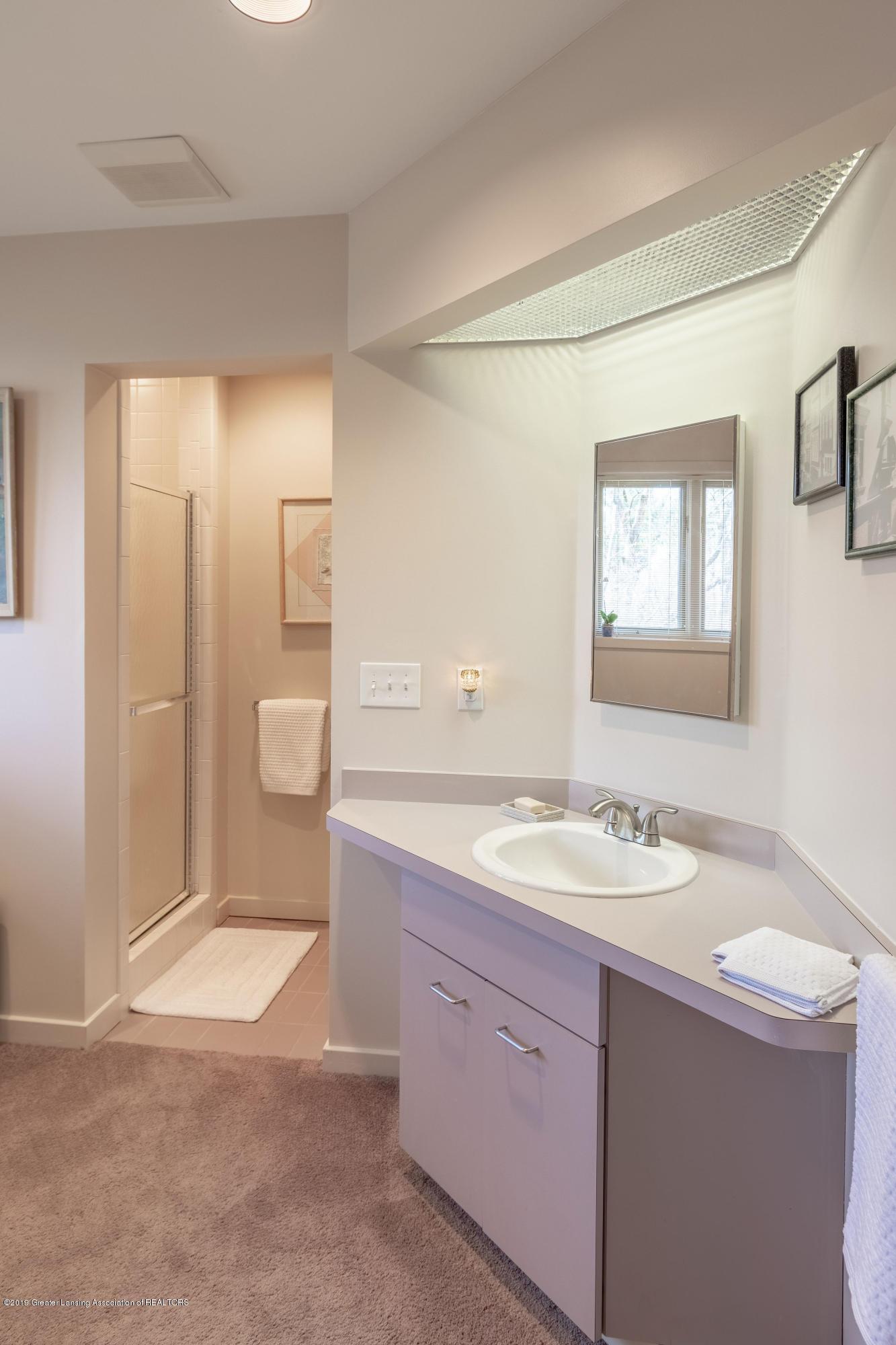 1829 Spring Lake Dr - Bathroom - 72