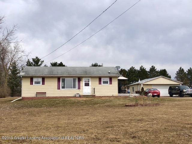 2494 W Hyde Rd - Front 2 - 1