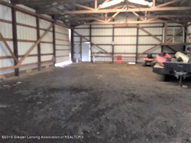 4861 E Parks Rd - Pole barn interior - 33