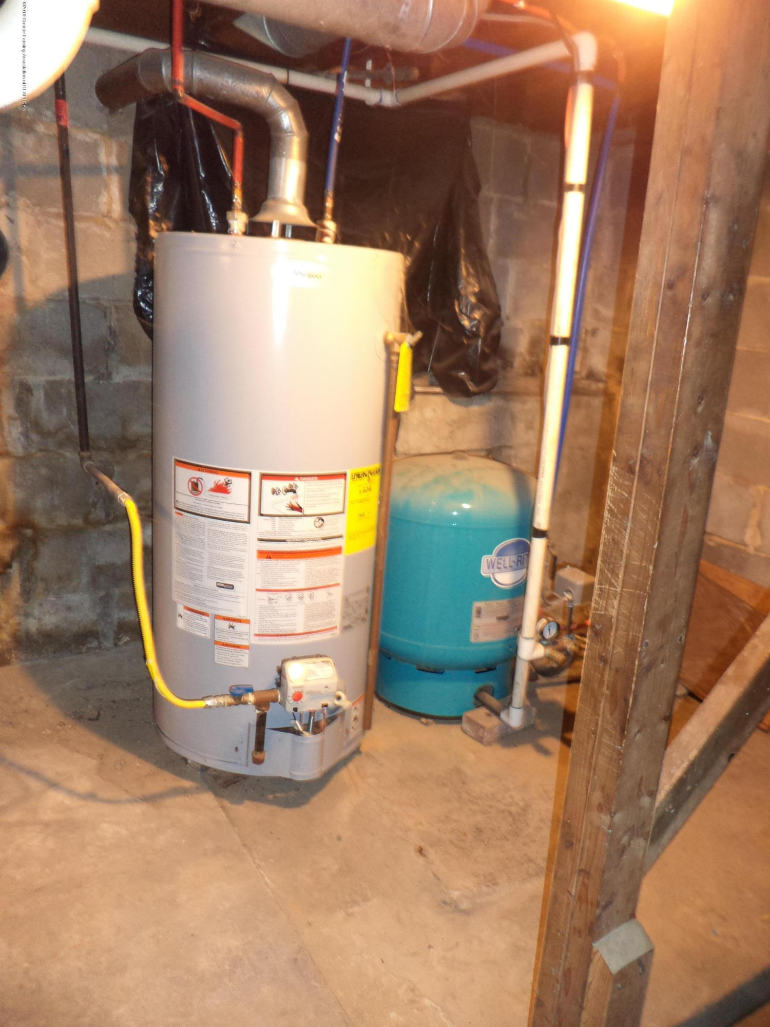 4861 E Parks Rd - New Water Heater - 20