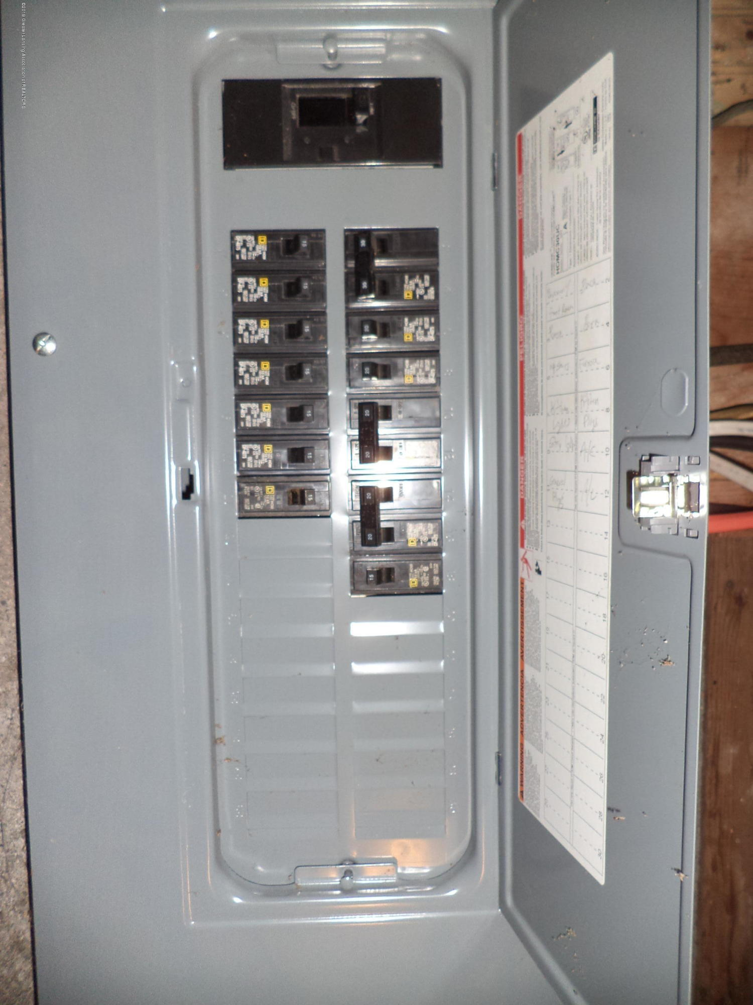4861 E Parks Rd - Newer 150 amp service - 21