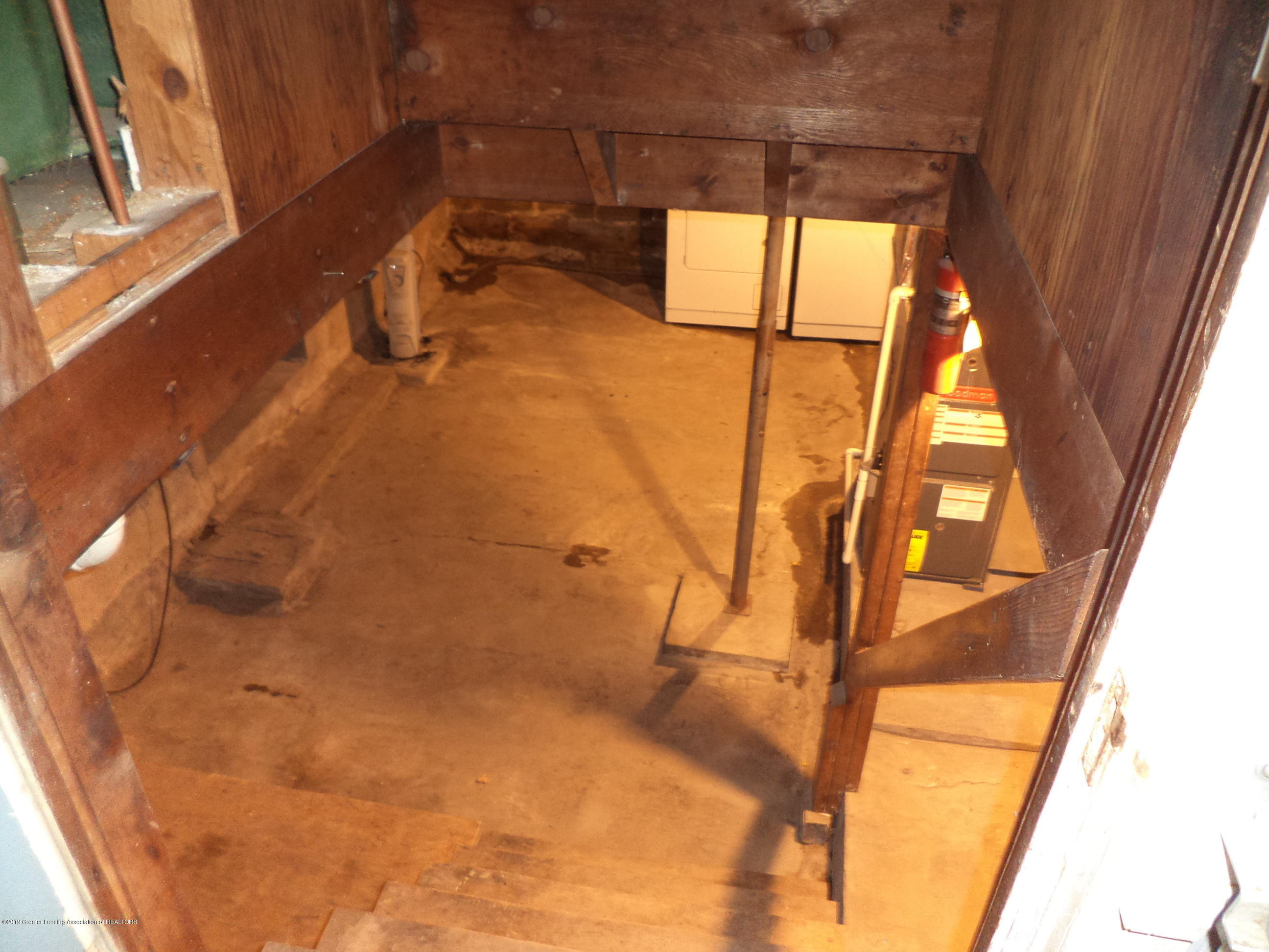 4861 E Parks Rd - Basement view from stairs - 22
