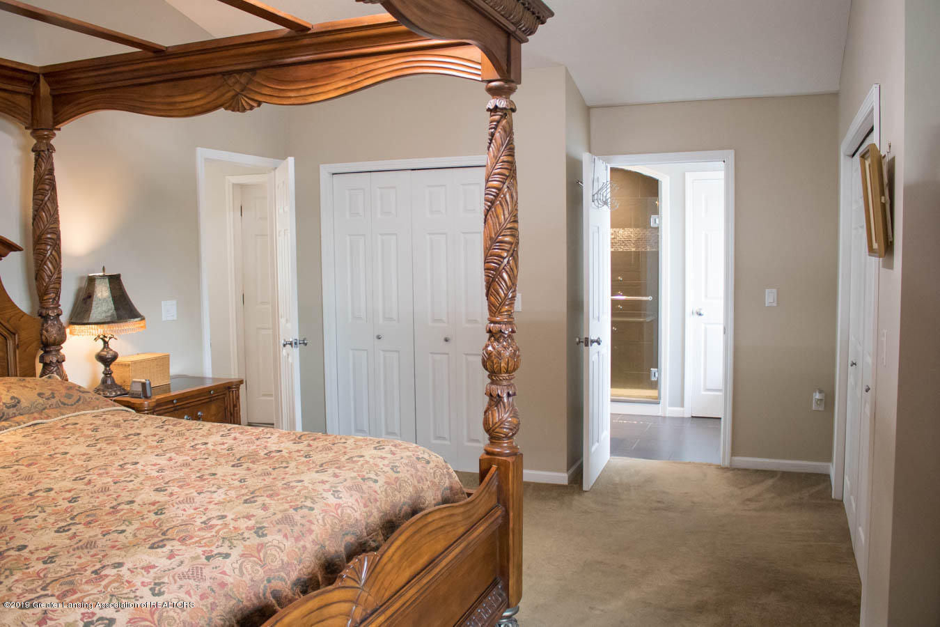 5910 Hickory Hill Dr - Master Bedroom - 21