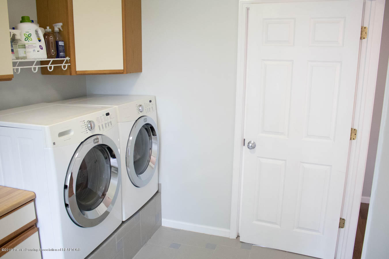 5910 Hickory Hill Dr - Laundry Room - 31