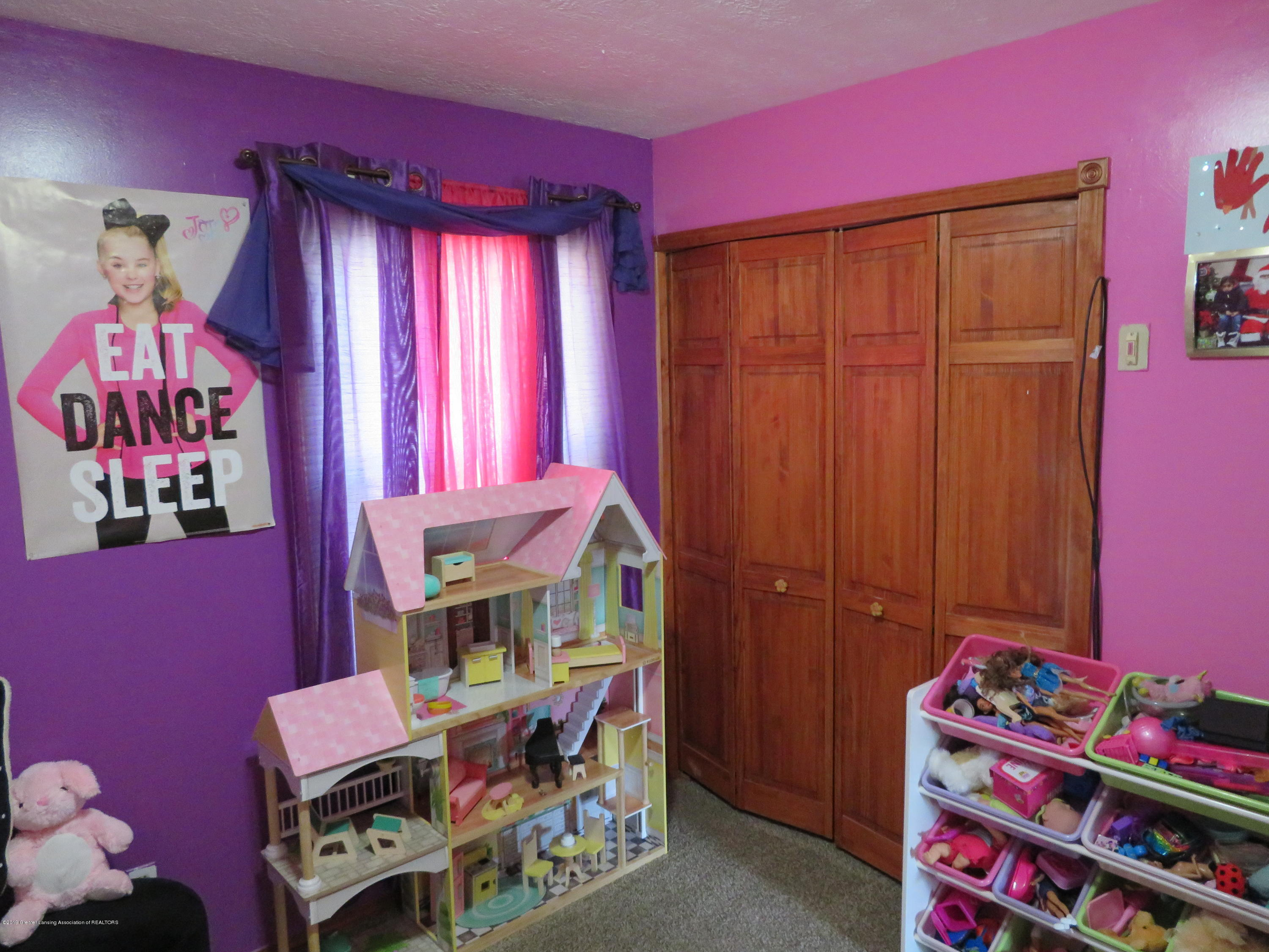 4378 Harding Ave - Bed 3 - 9