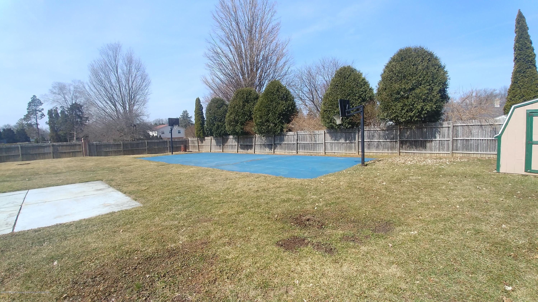 1204 Eastlane St - Full Basketball Court! - 22