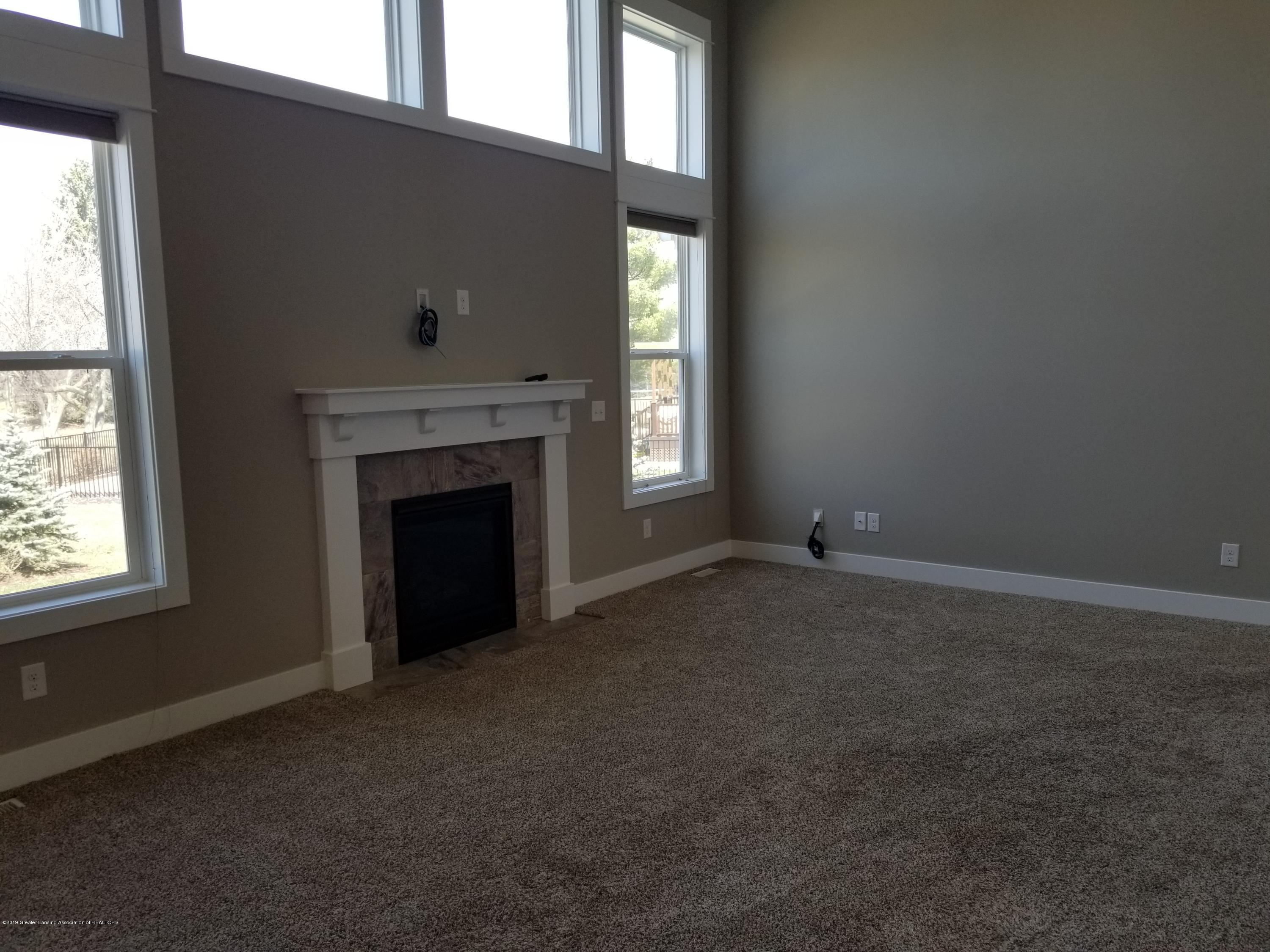1490 Wellman Rd - Great room - 14