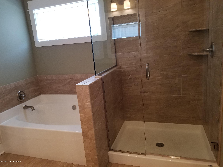 1490 Wellman Rd - Master Bath - 22