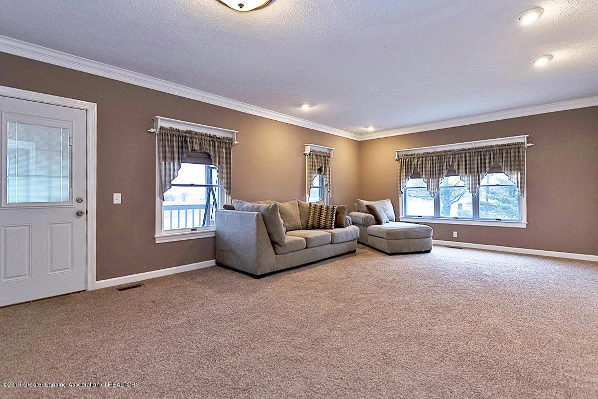 208 E St Joe Hwy - Living Room - 10