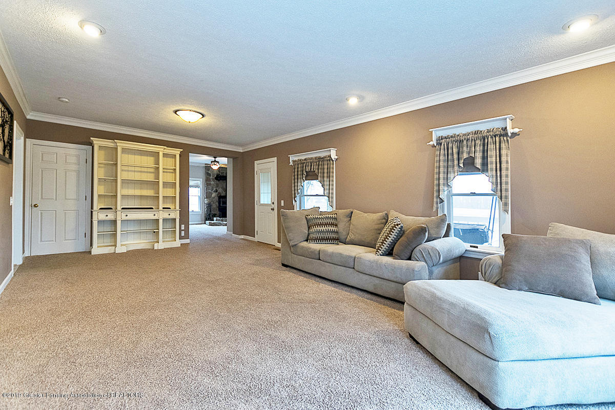 208 E St Joe Hwy - Living Room - 11