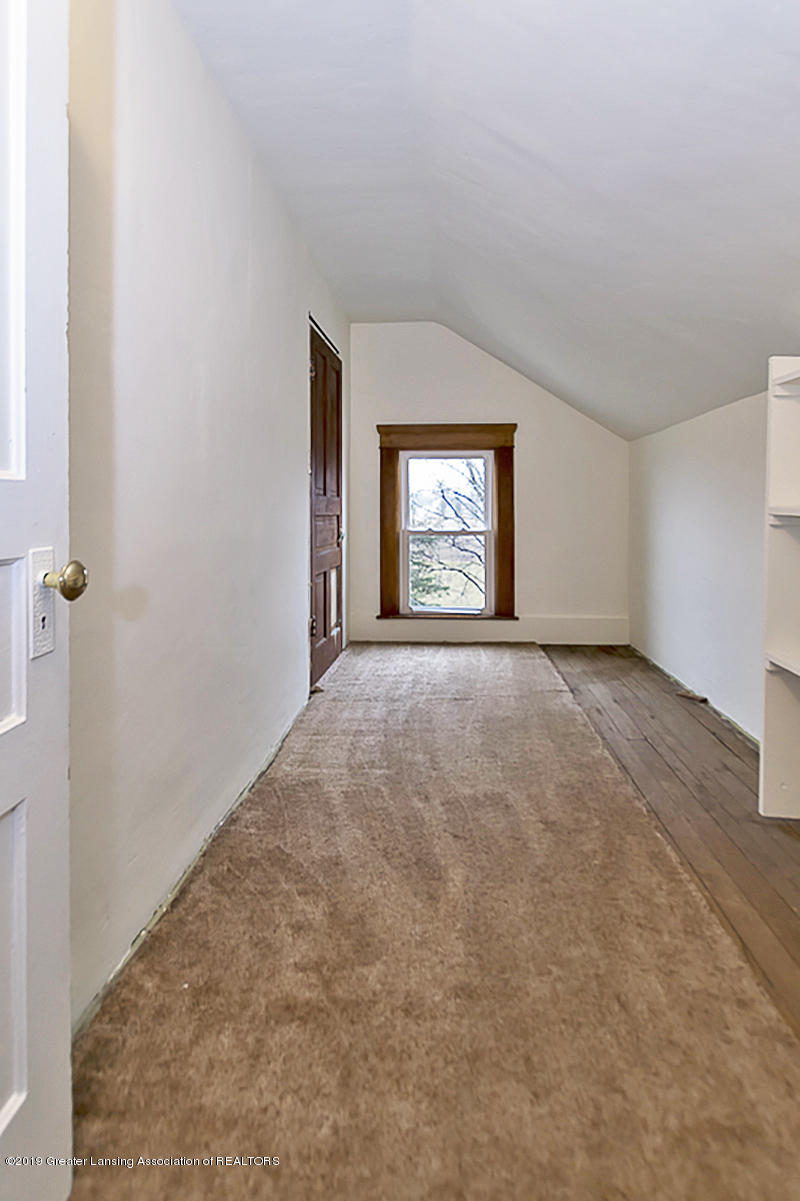 208 E St Joe Hwy - Walk In Closet - 19