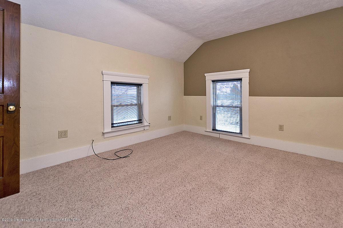 208 E St Joe Hwy - Bedroom - 20