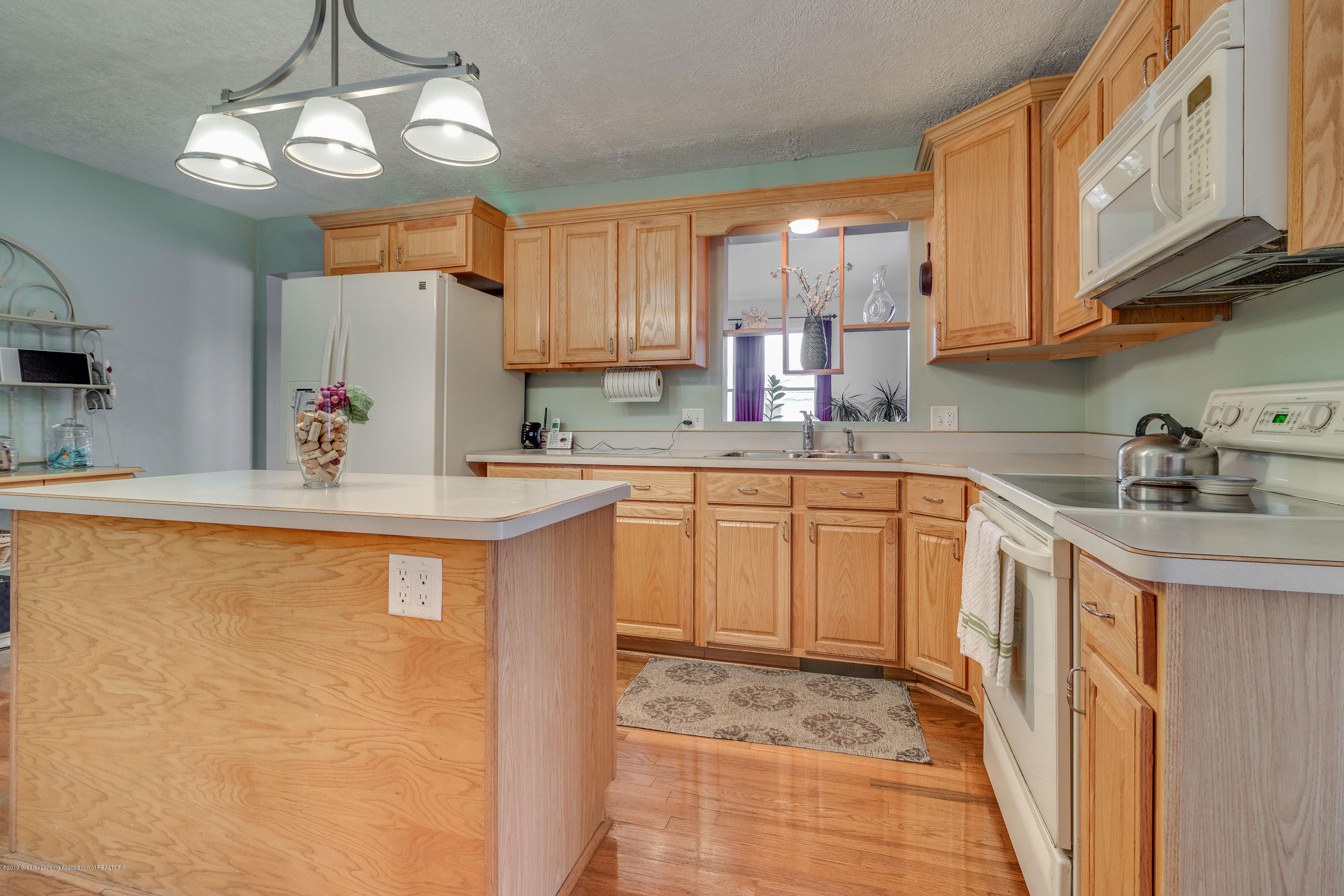 2508 Victor Ave - JF-P06-15 - 2