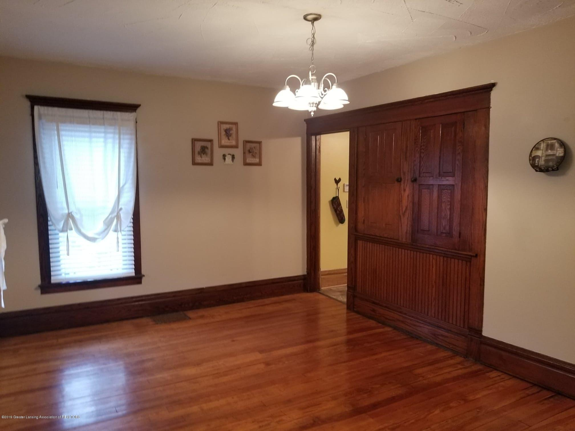 307 W Main St - Dining Room - 6