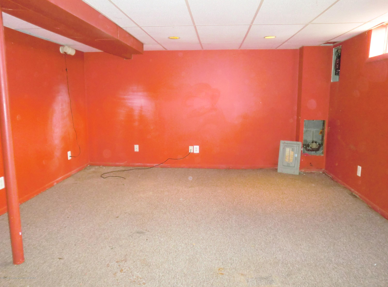 1301 W Barnes Ave - Basement Rec Room - 10