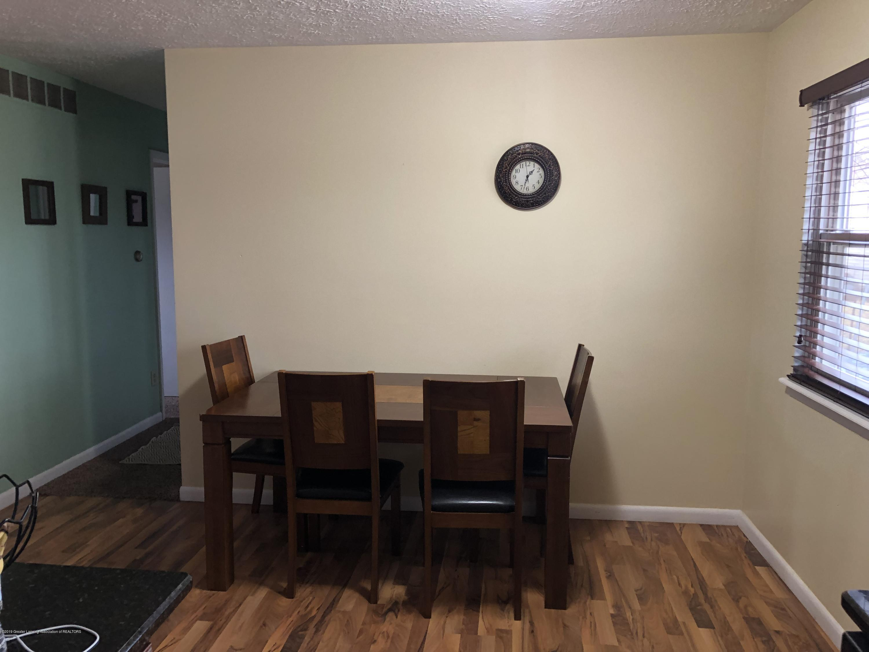 5741 Annapolis Dr - Informal dining room' - 6
