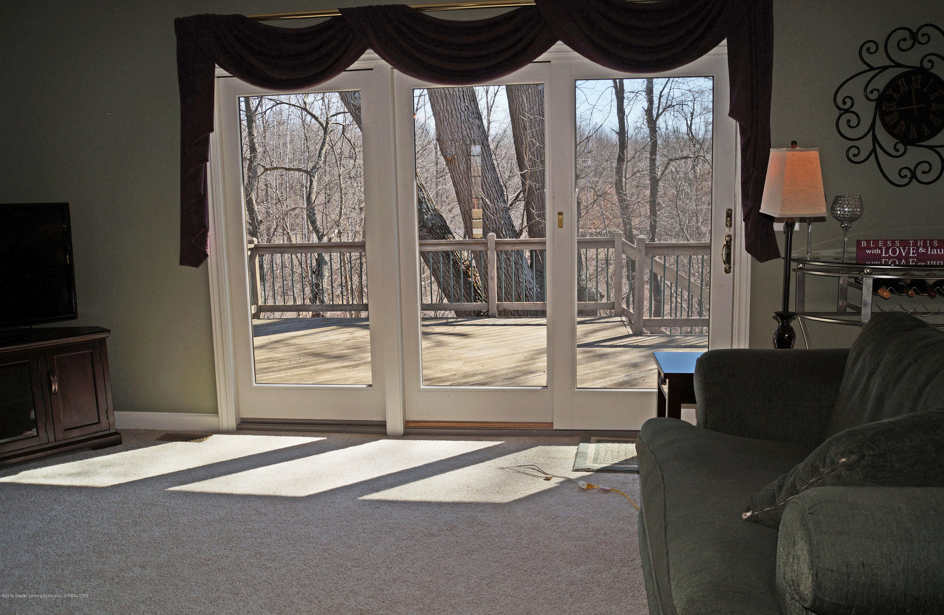 13217 Watercrest Dr - Great Room - 7