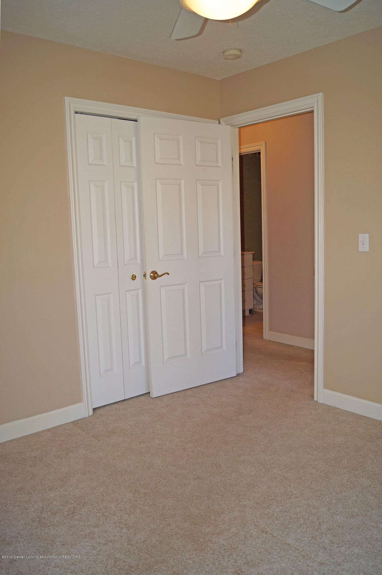 13217 Watercrest Dr - Bedroom - 25
