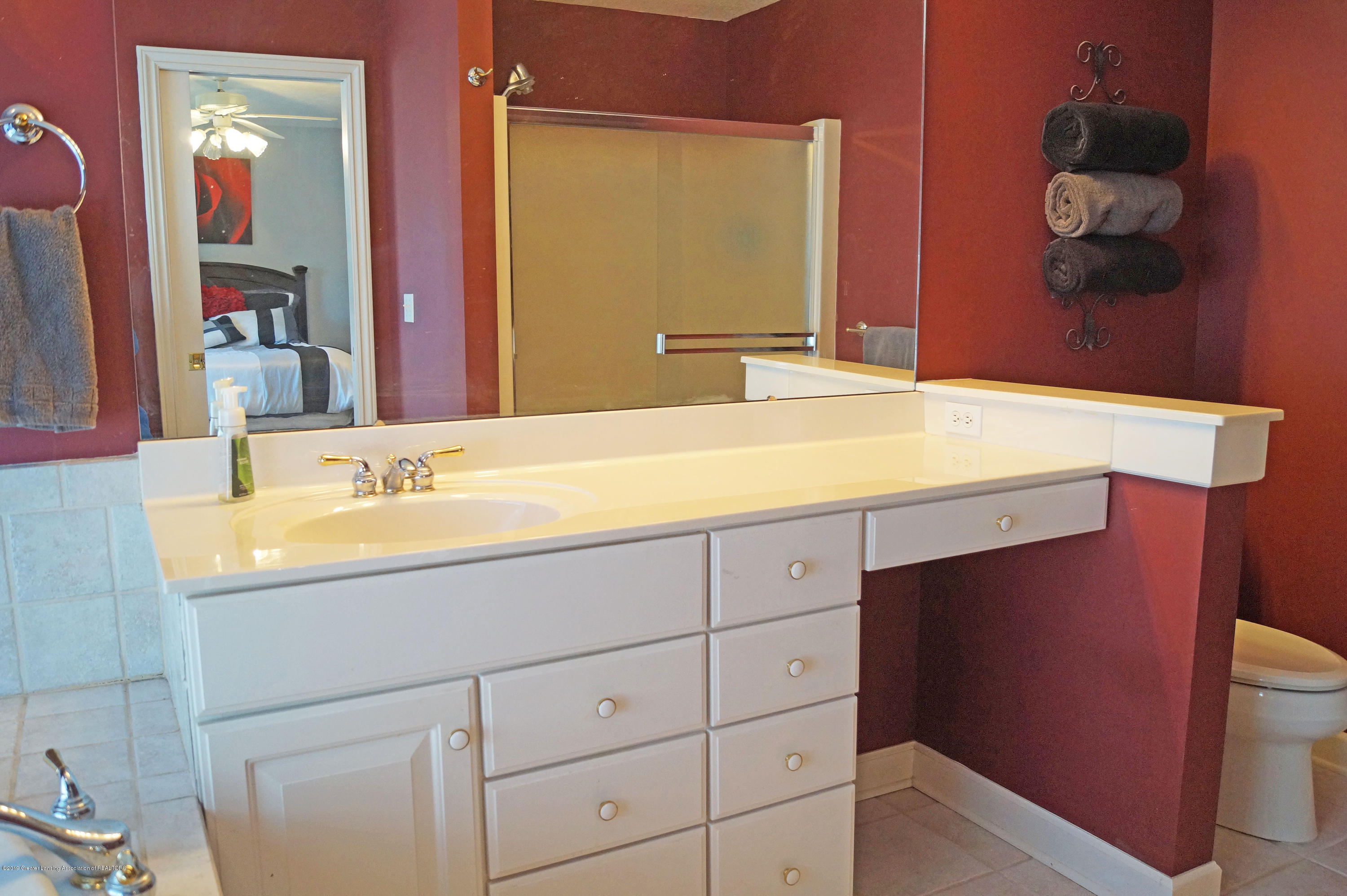 13217 Watercrest Dr - Master Bath - 20