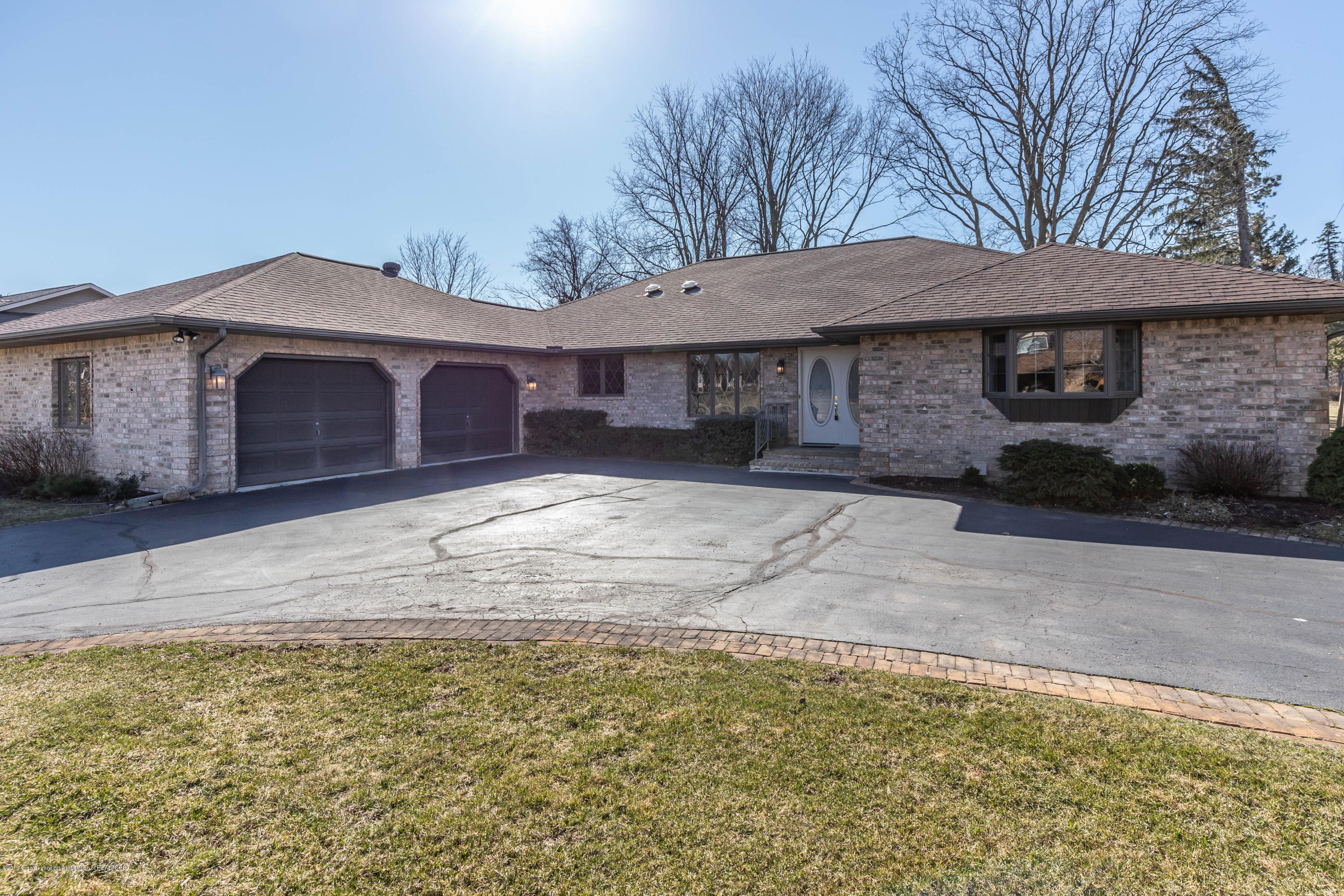 3232 E Broadmoor Dr - broadmoorfront2 (1 of 1) - 1