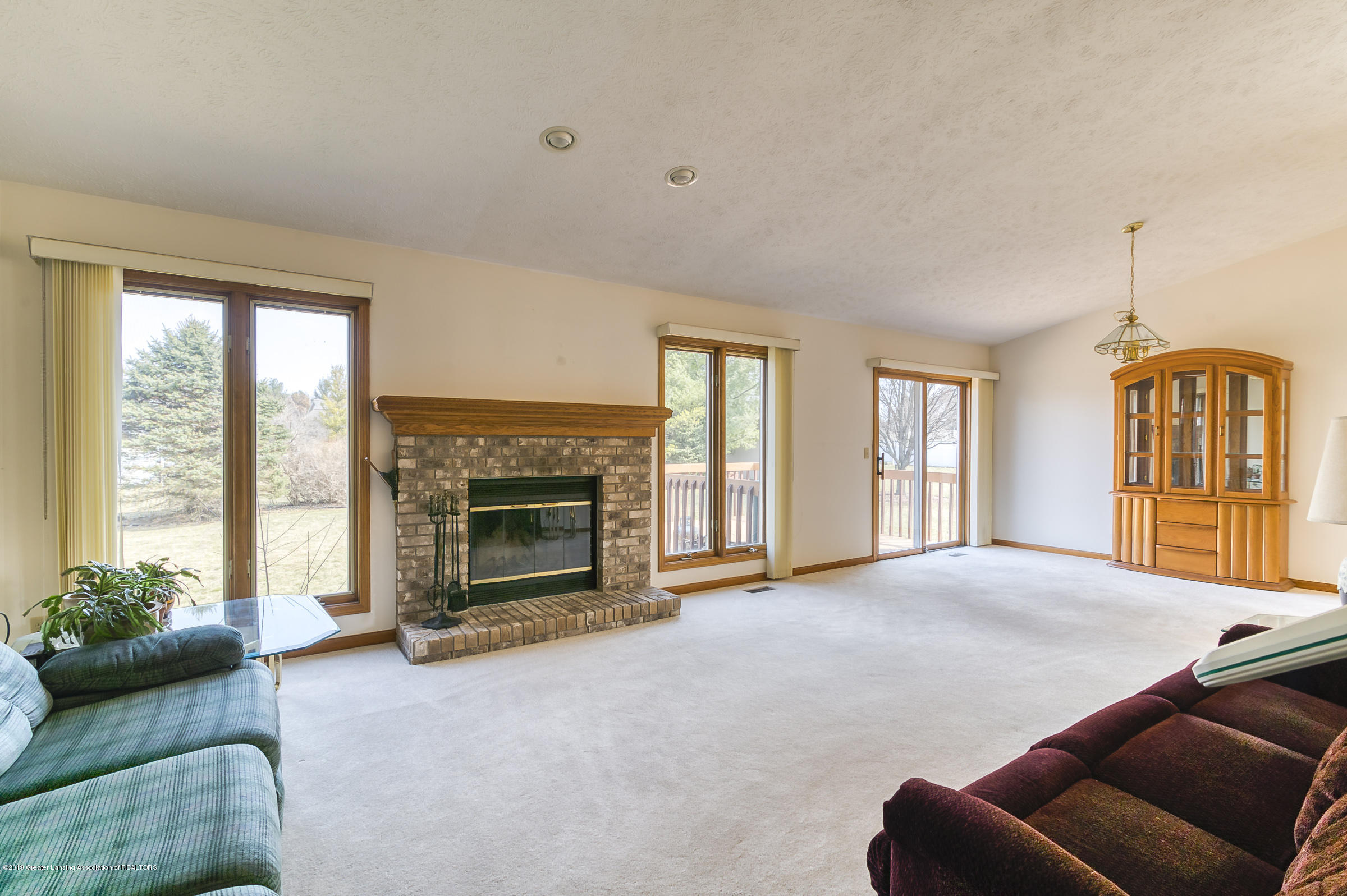 1700 Killarney Dr - Living Room - 2