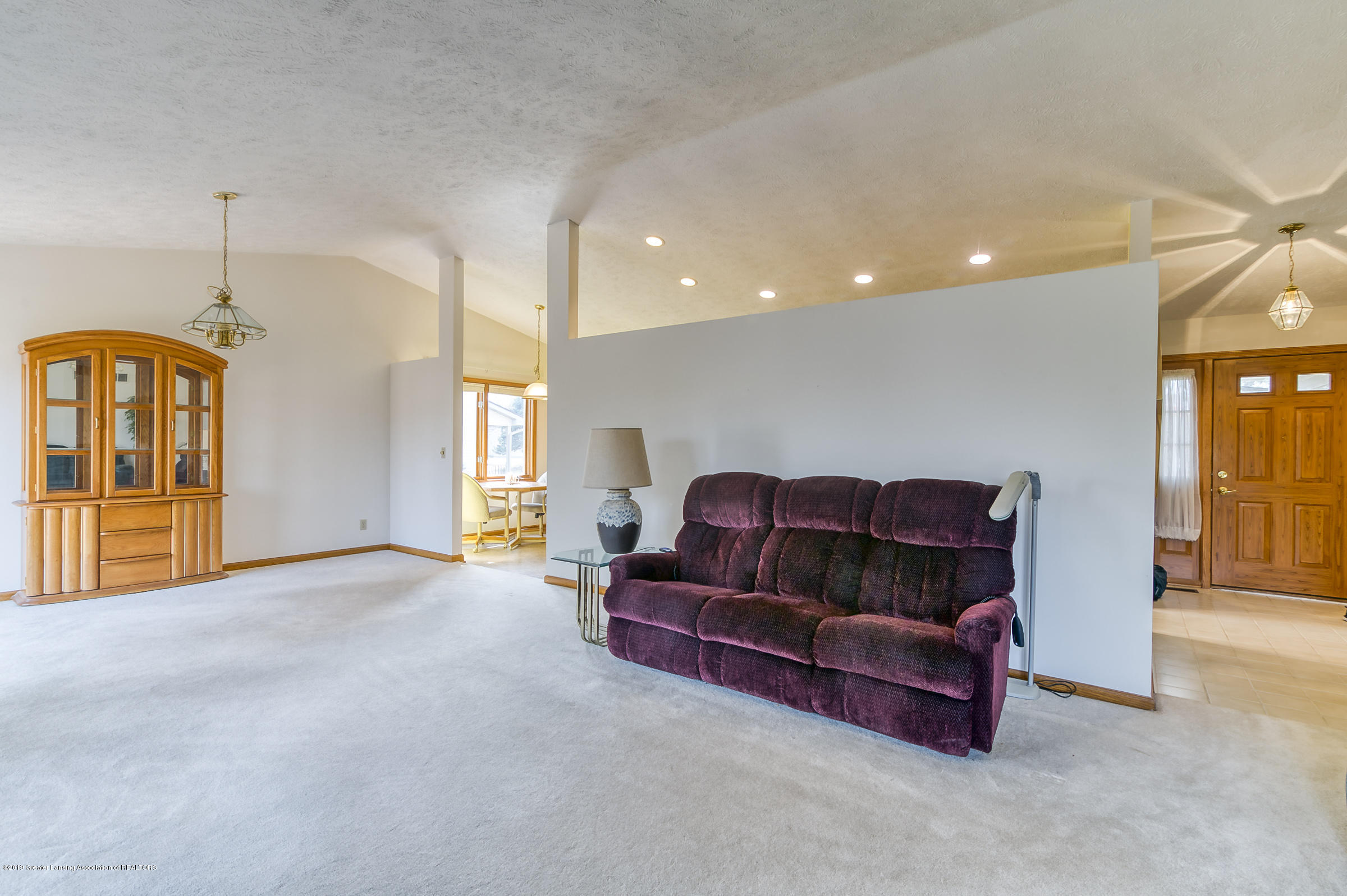 1700 Killarney Dr - Living Room - 4