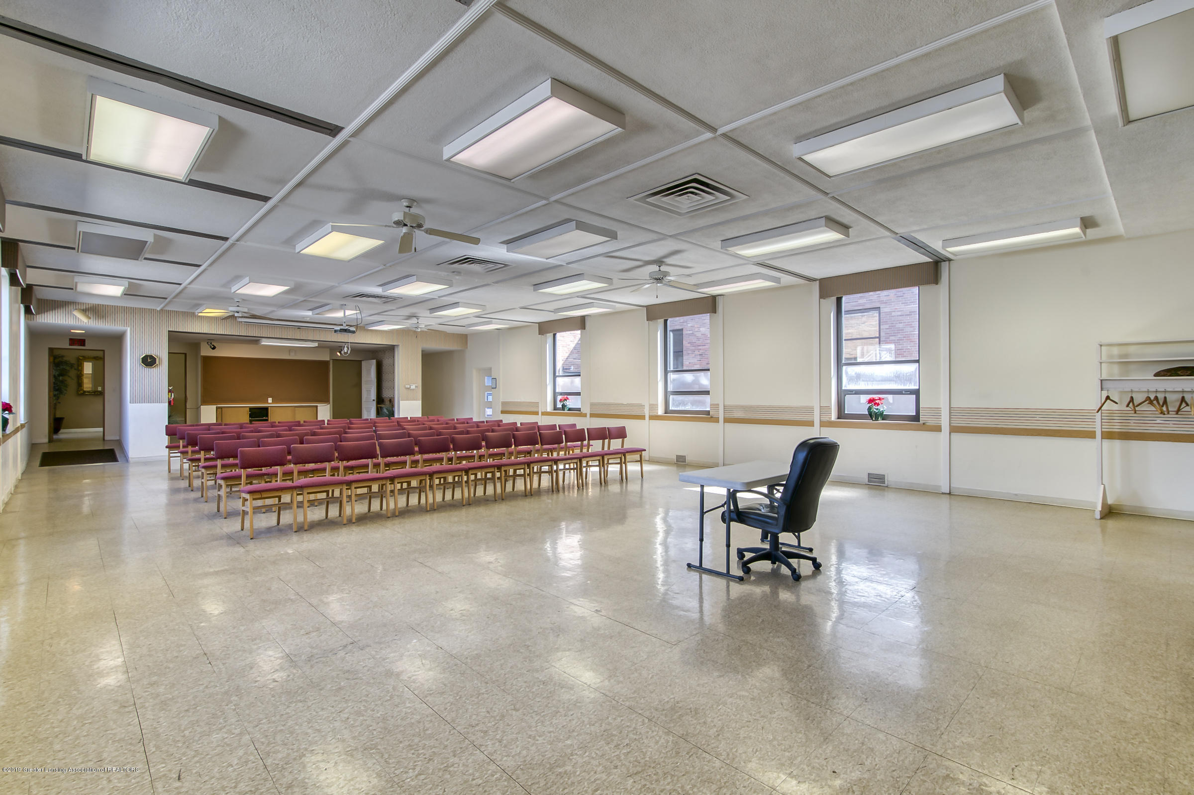 505 Seymour Ave - Community Room - 23