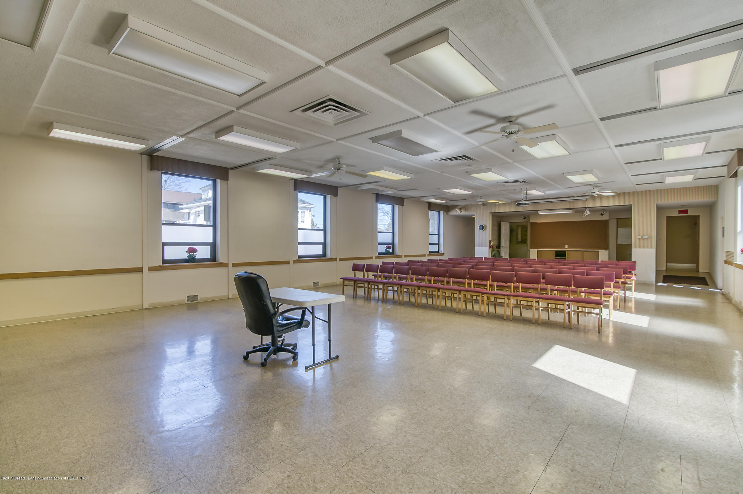 505 Seymour Ave - Community Room - 21