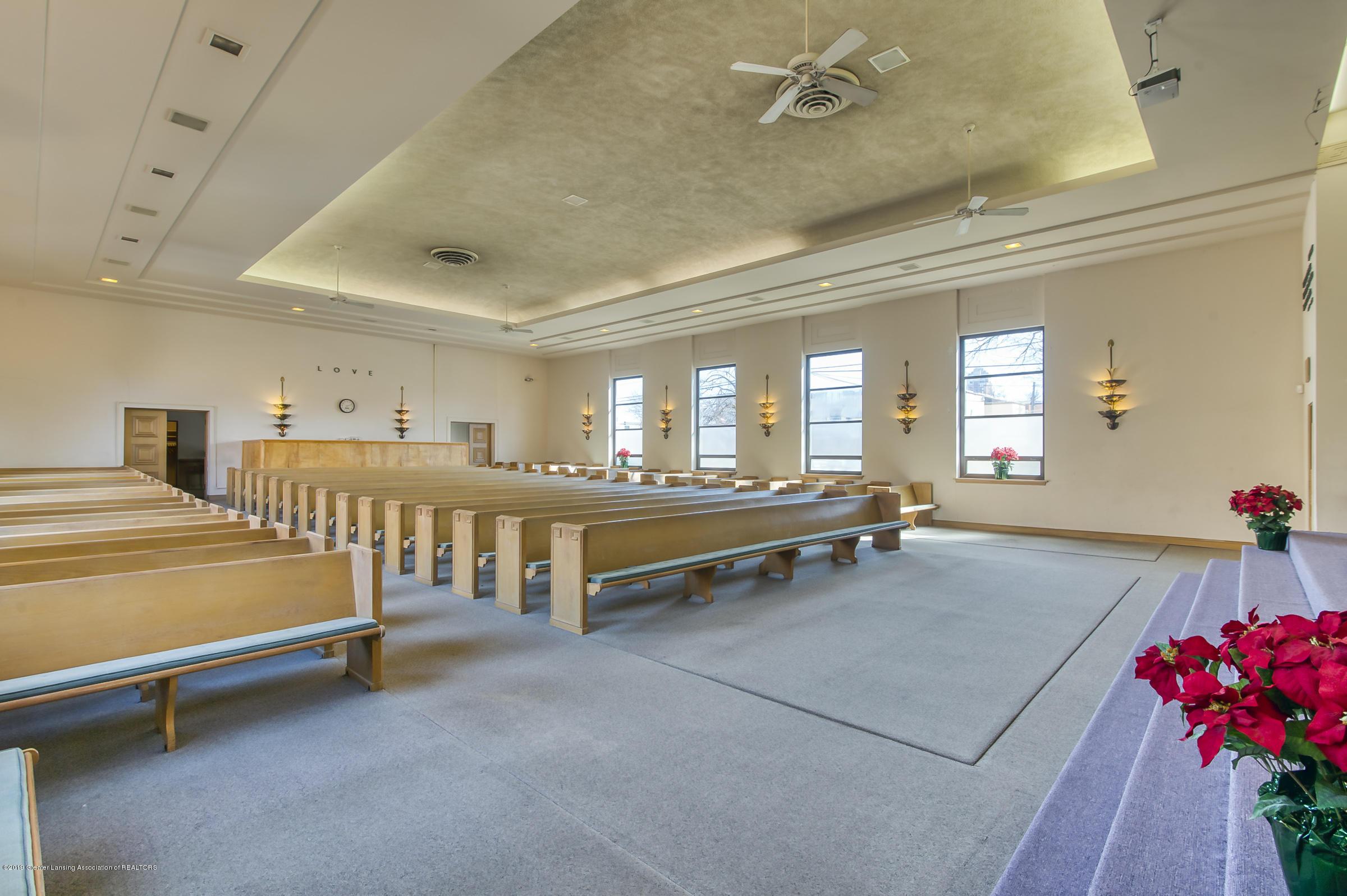 505 Seymour Ave - Sanctuary - 9