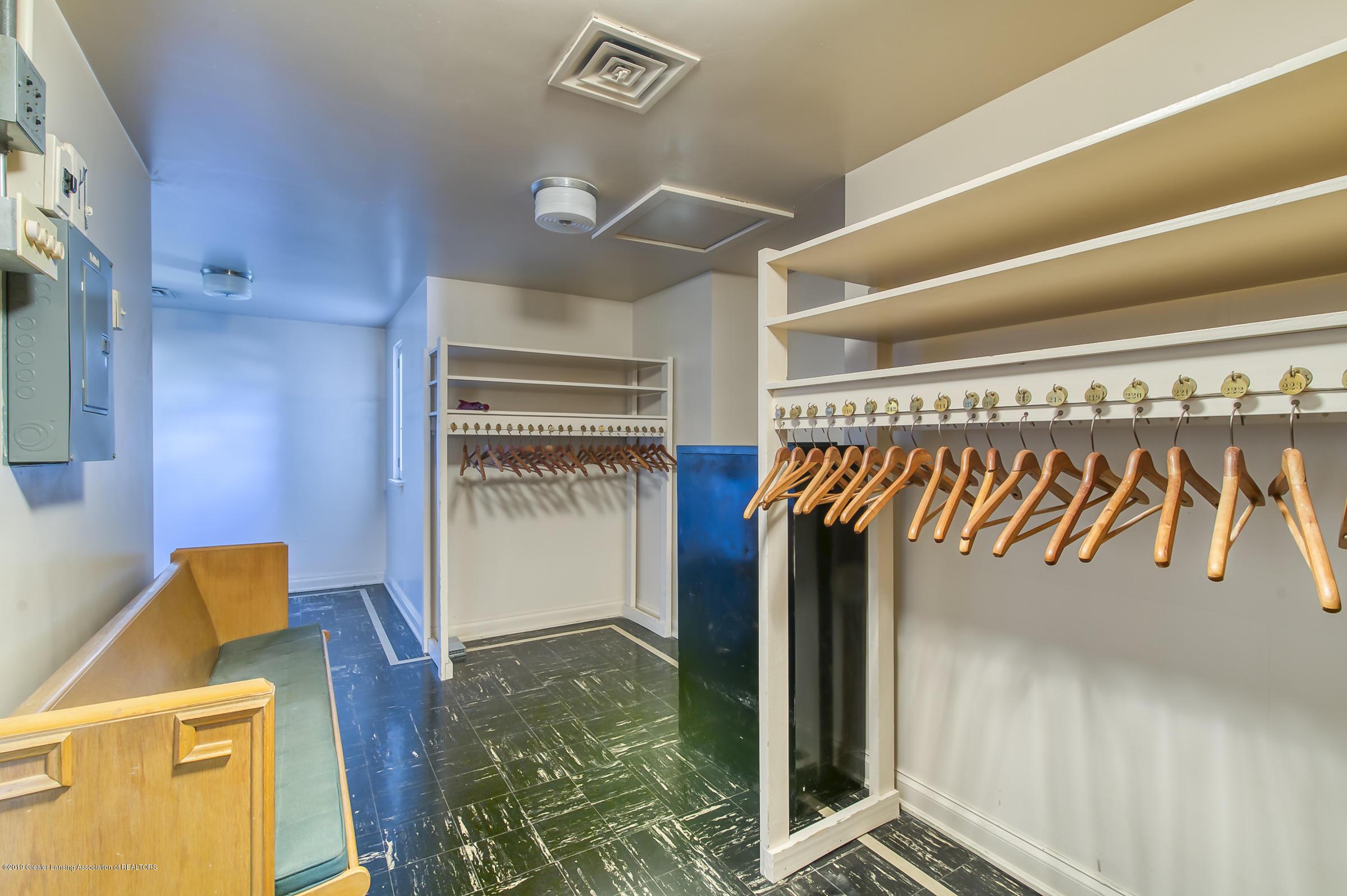 505 Seymour Ave - Coat/Storage Room - 27