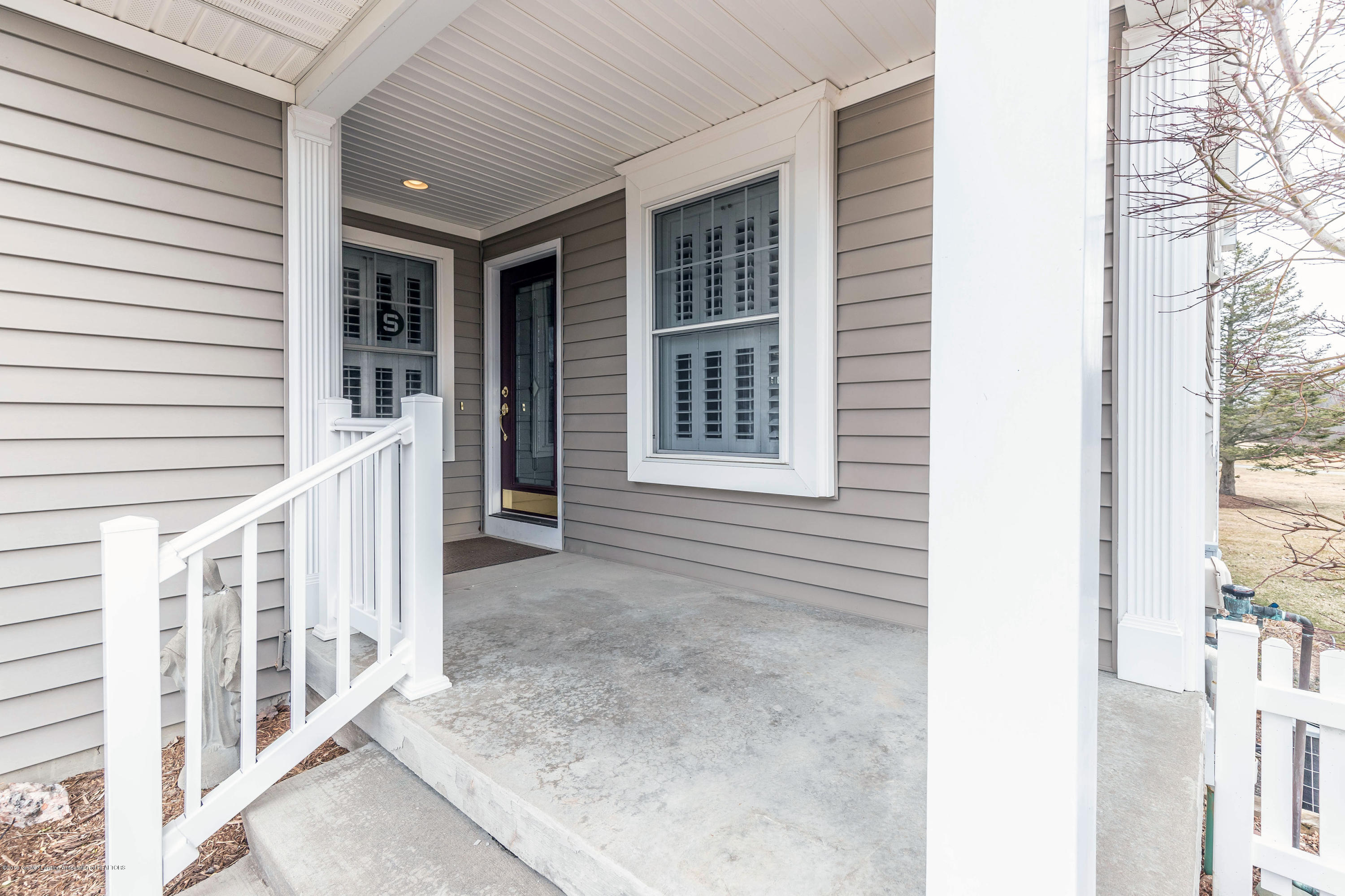 15053 Classic Dr - MLS front 1 - 30