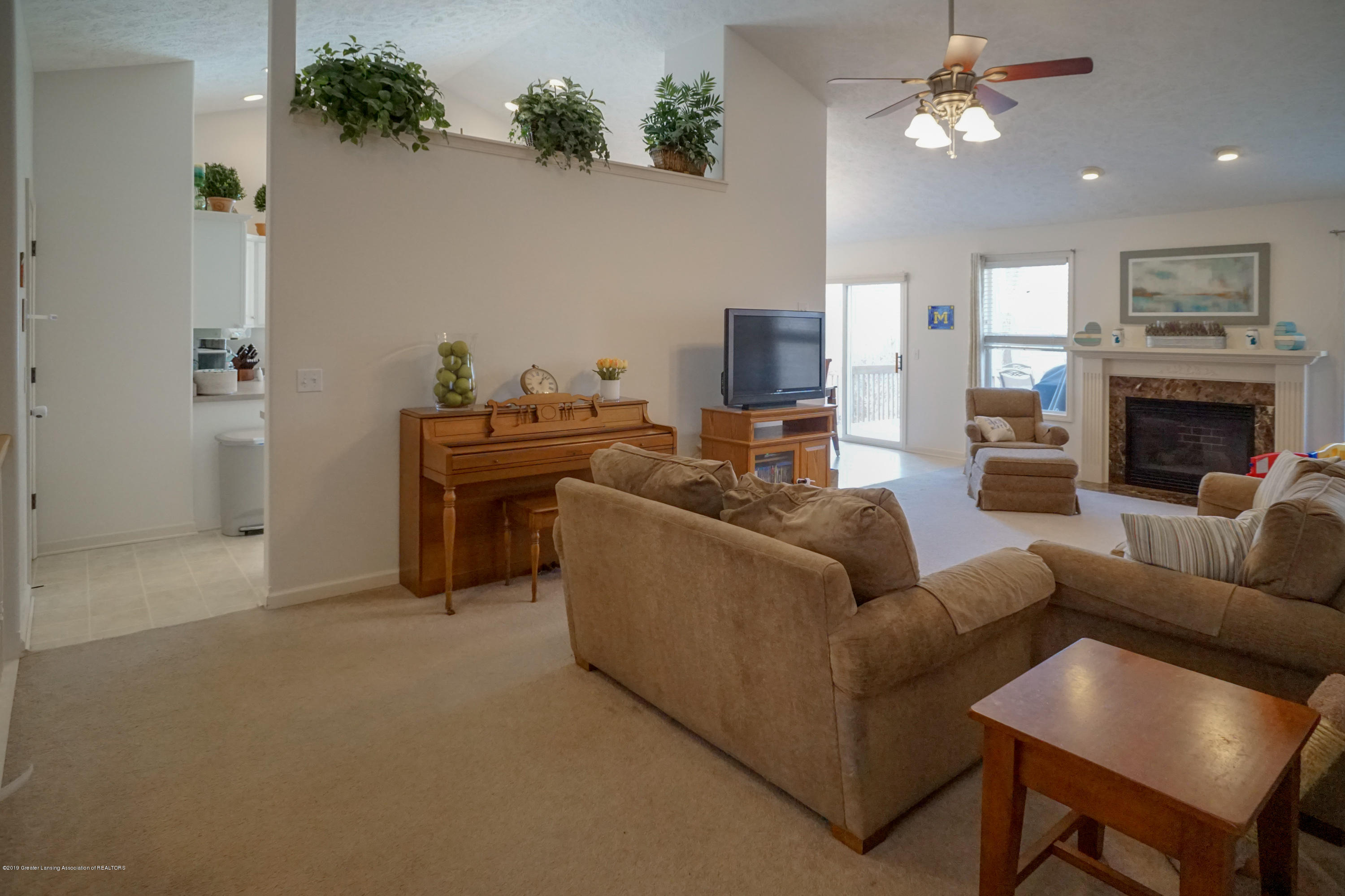 2039 Wovenheart Dr - Great Room - 8