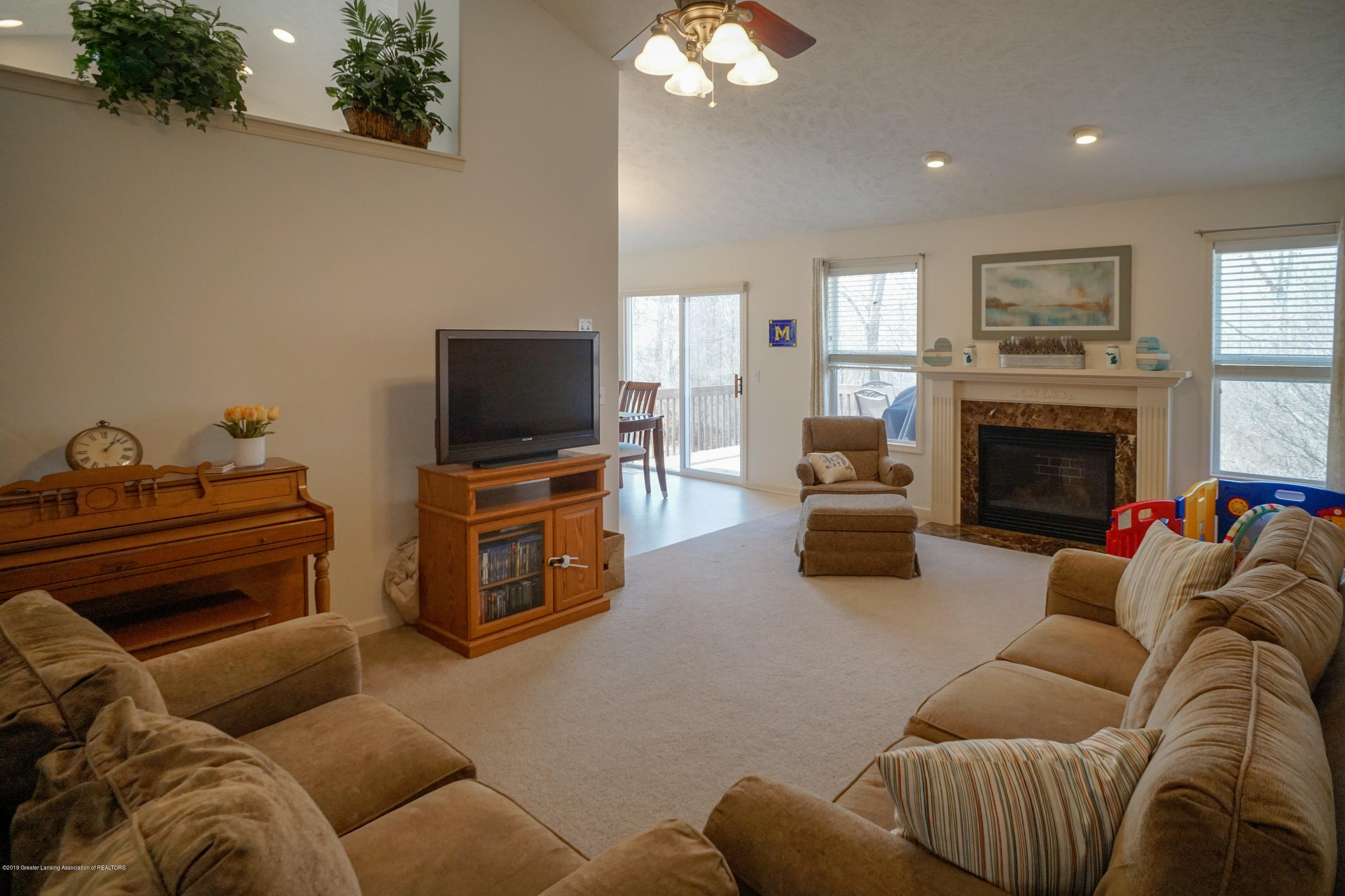 2039 Wovenheart Dr - Great Room - 7