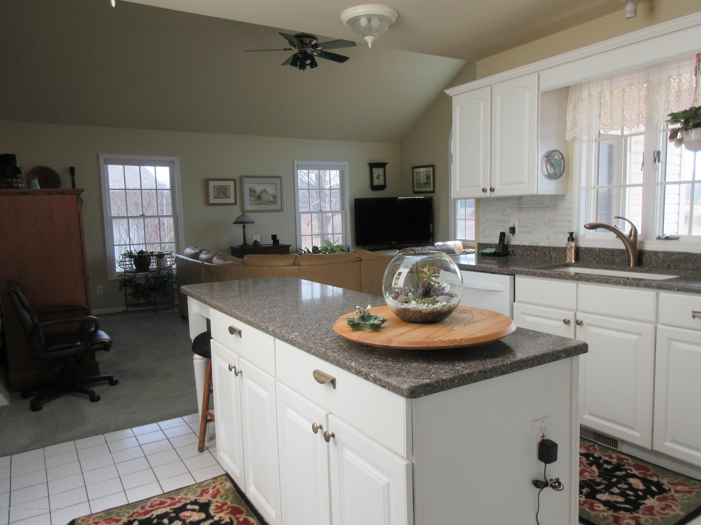 2080 Haslett Rd - 2080 Haslett.kitchen 1 - 7