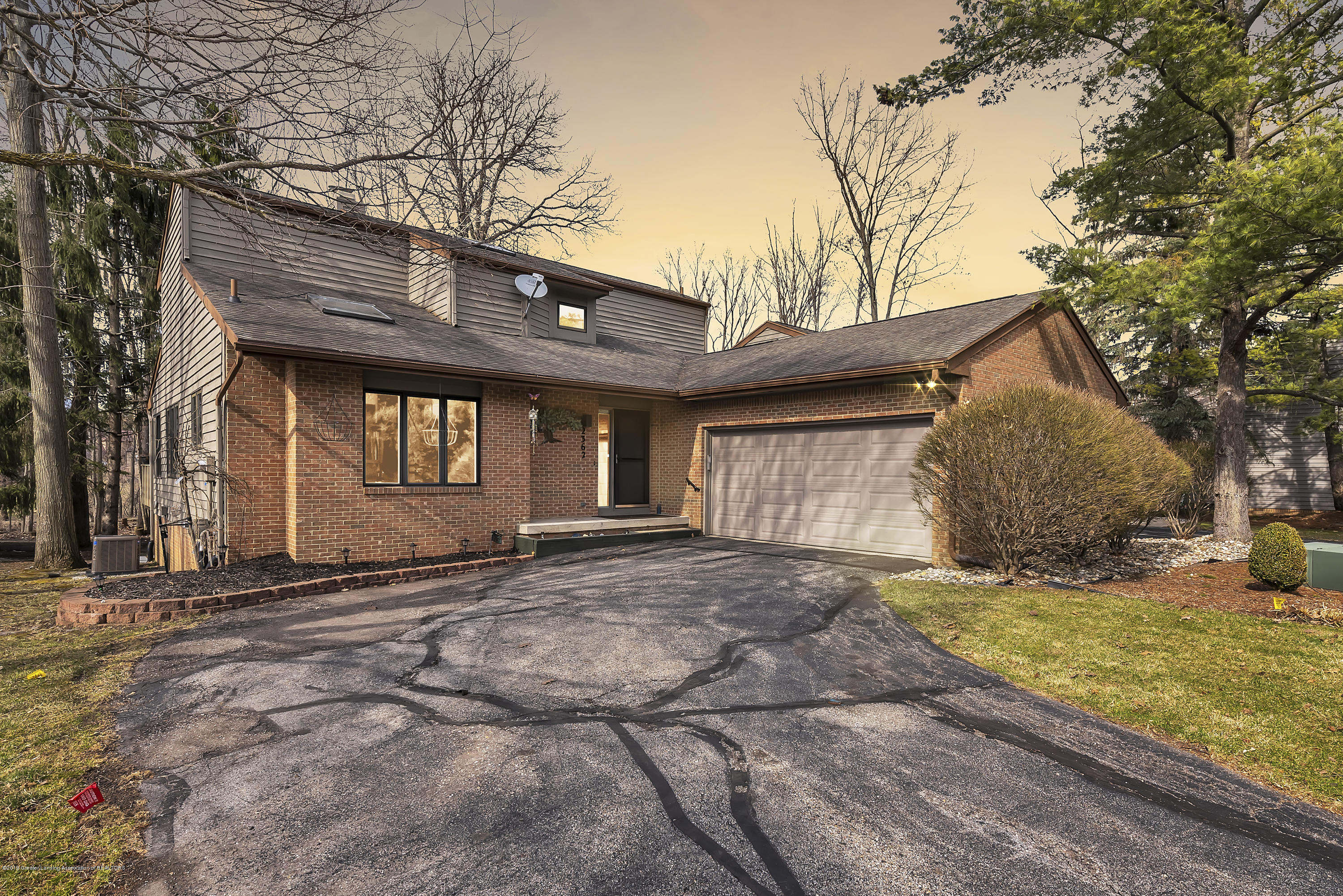 2362 Emerald Forest Cir - 2362-Emerald-Forest-Circle-East-Lansing- - 1
