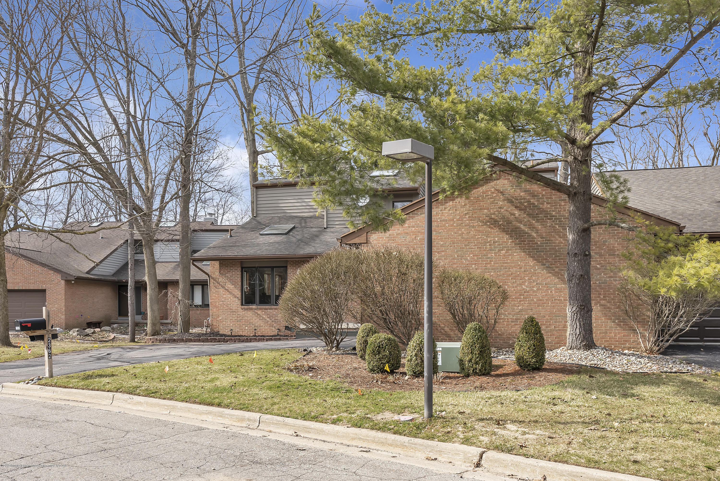 2362 Emerald Forest Cir - 2362-Emerald-Forest-Circle-East-Lansing- - 5
