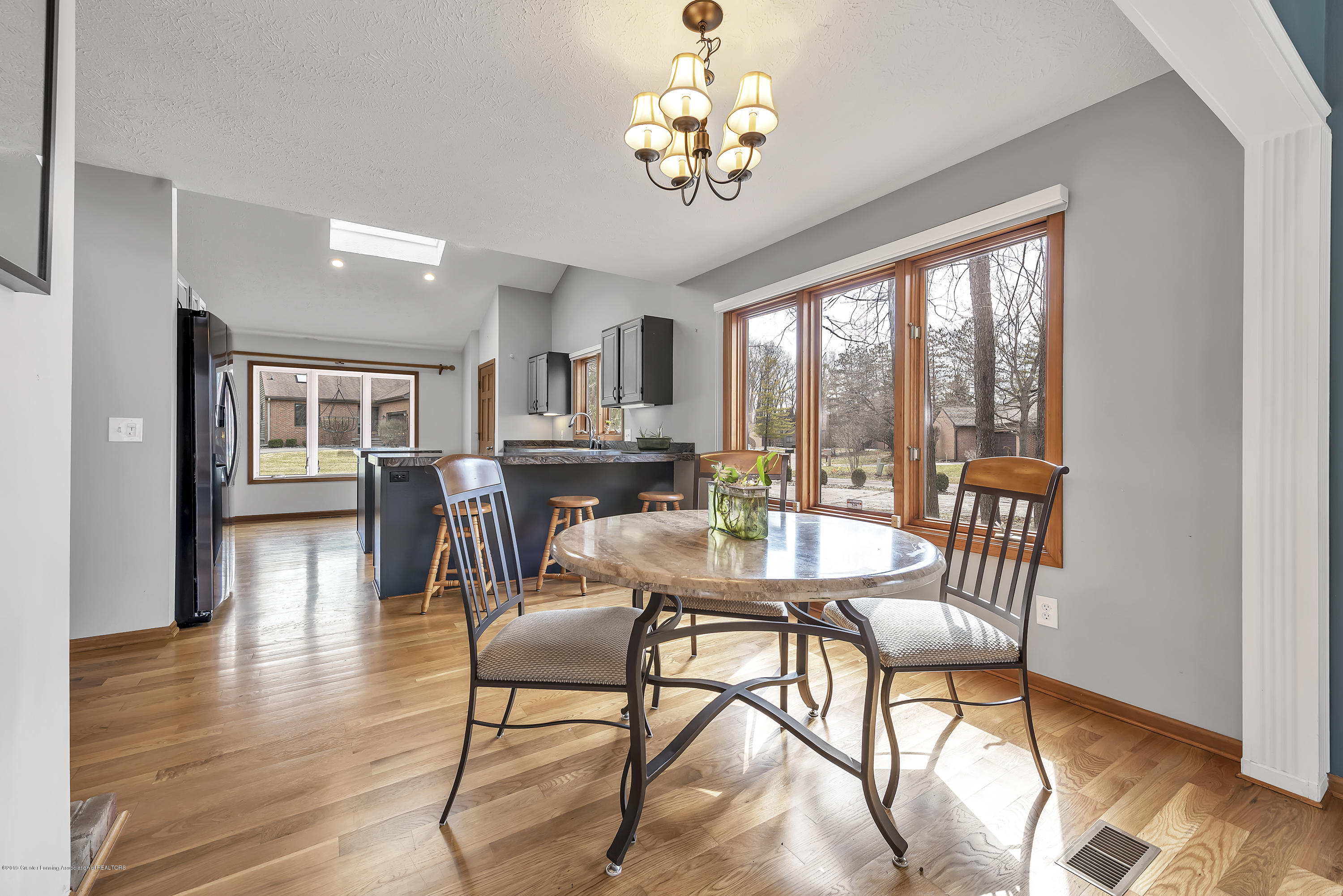 2362 Emerald Forest Cir - 2362-Emerald-Forest-Circle-East-Lansing- - 17