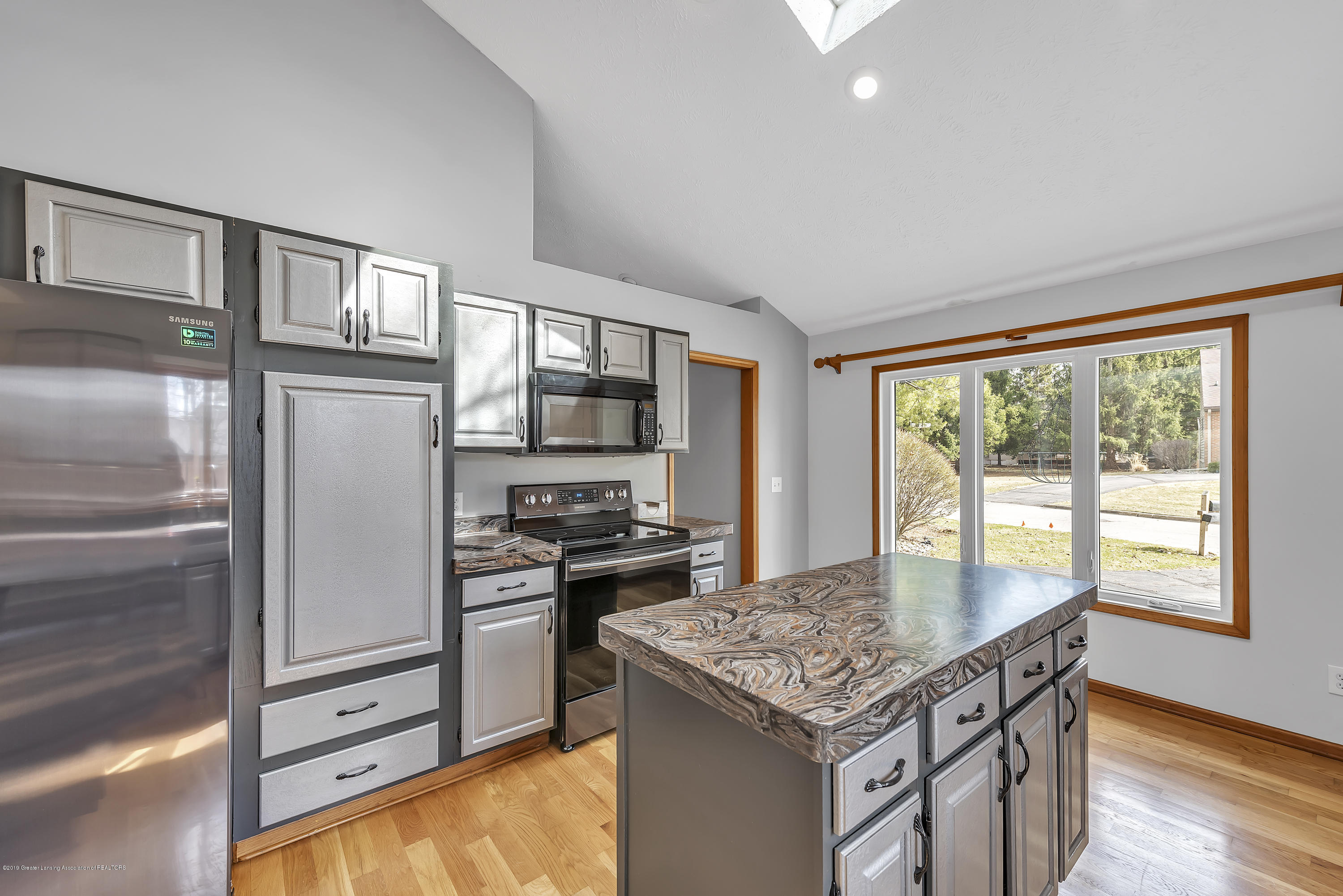 2362 Emerald Forest Cir - 2362-Emerald-Forest-Circle-East-Lansing- - 20