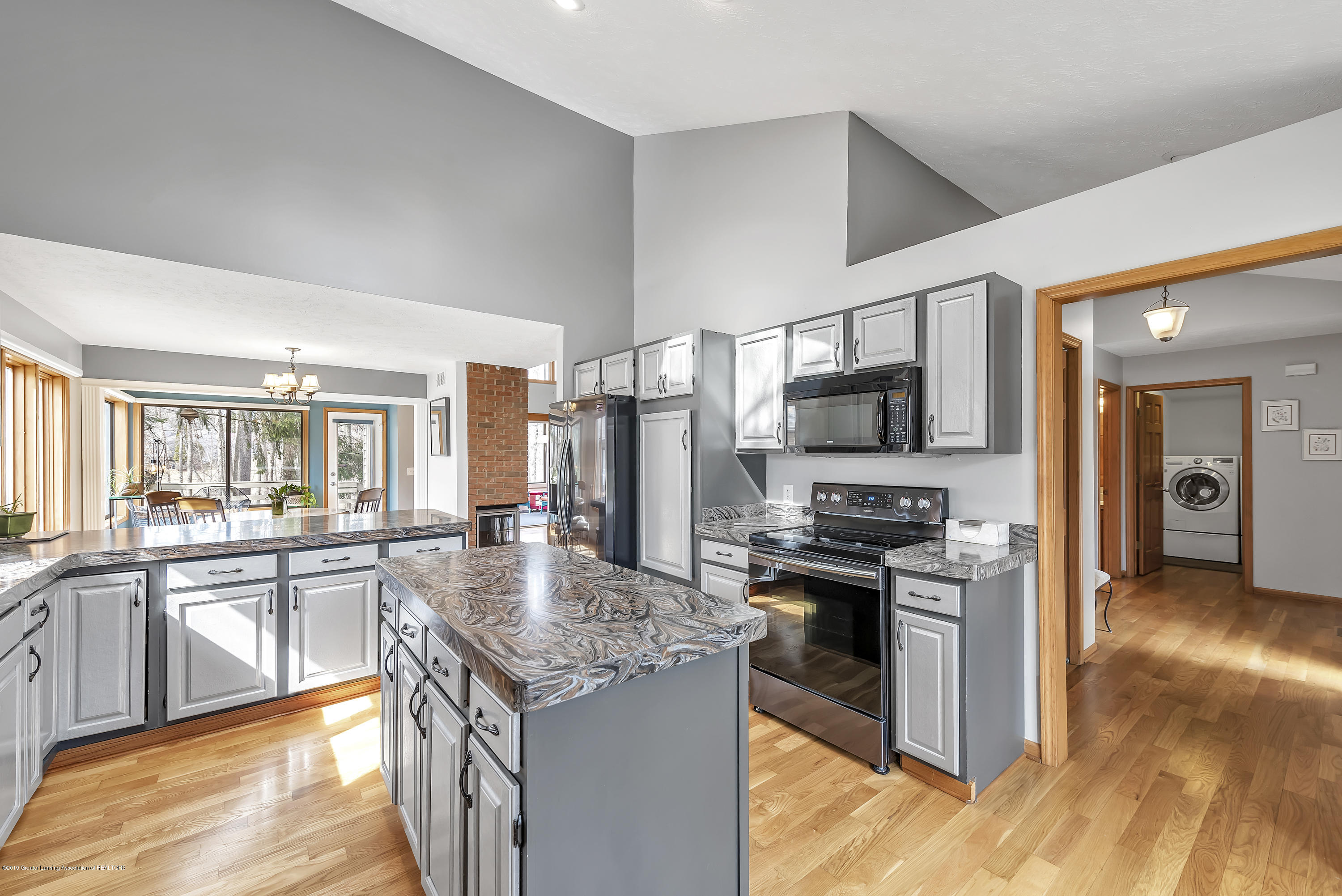 2362 Emerald Forest Cir - 2362-Emerald-Forest-Circle-East-Lansing- - 22