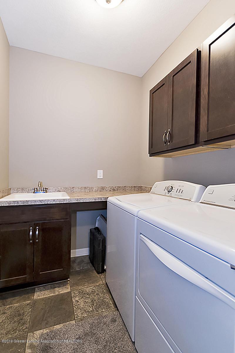 51 Harrogate Dr 51 - 1st floor laundry - 20