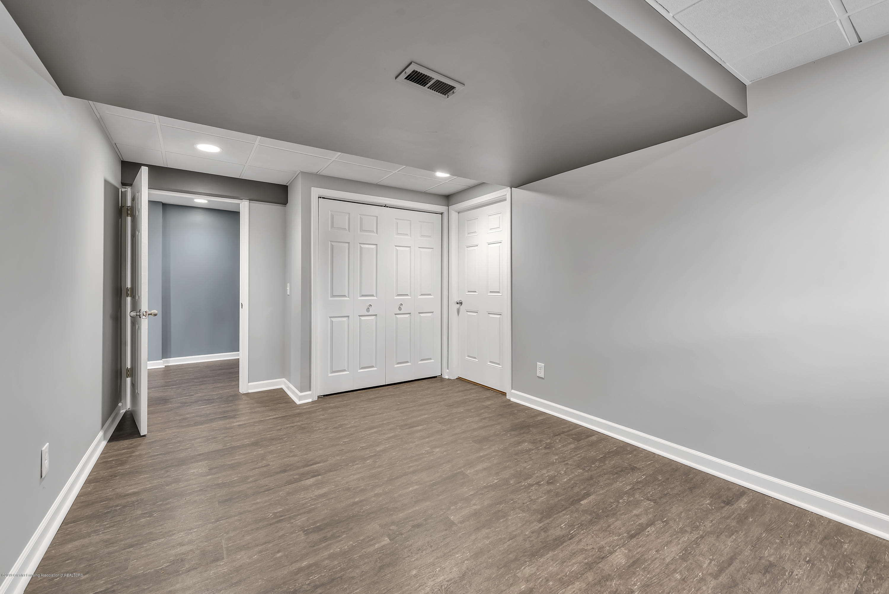 2362 Emerald Forest Cir - 2362-Emerald-Forest-Circle-East-Lansing- - 38