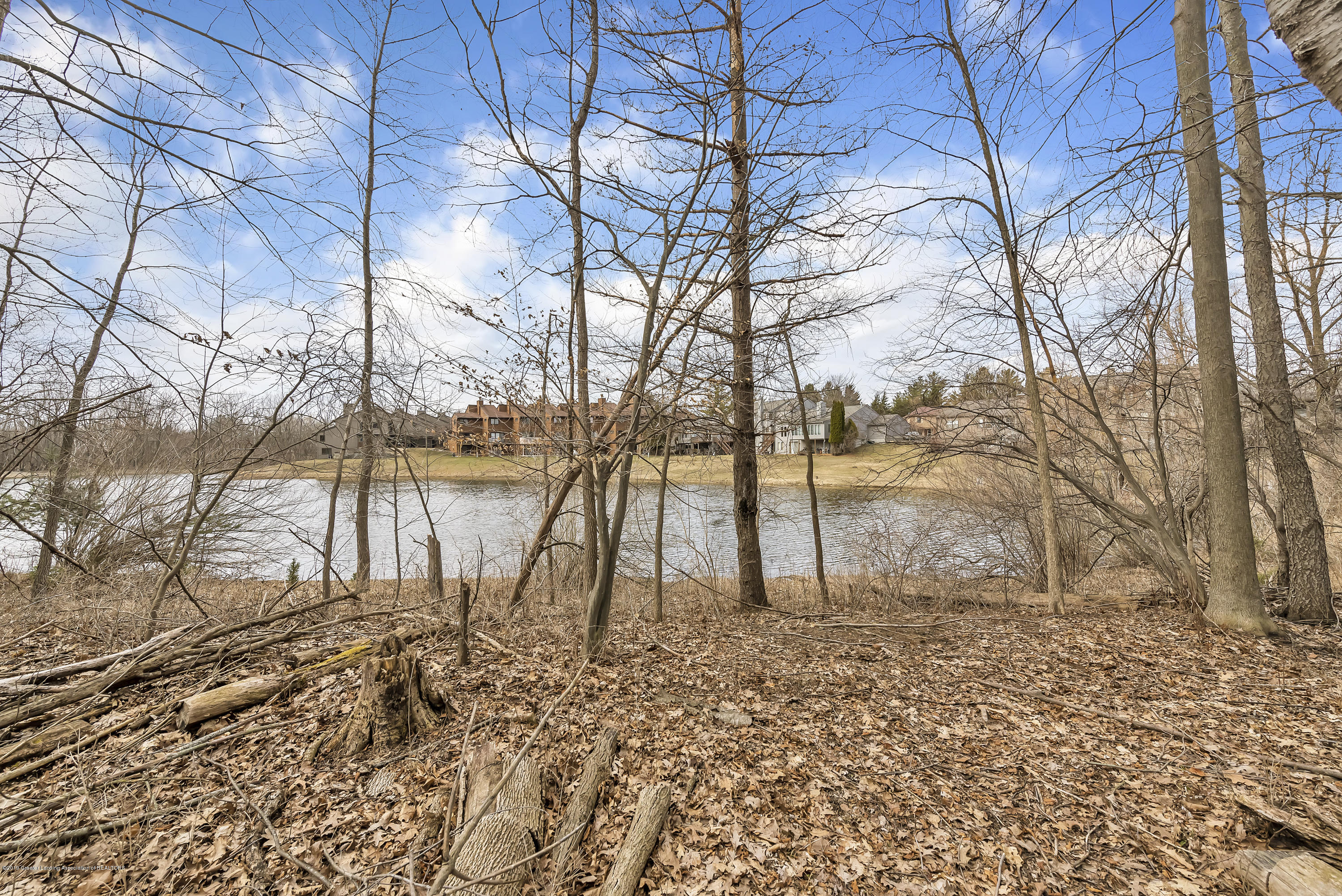 2362 Emerald Forest Cir - 2362-Emerald-Forest-Circle-East-Lansing- - 52