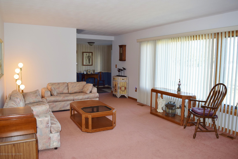 2817 N Gunnell Rd - Living Room - 14