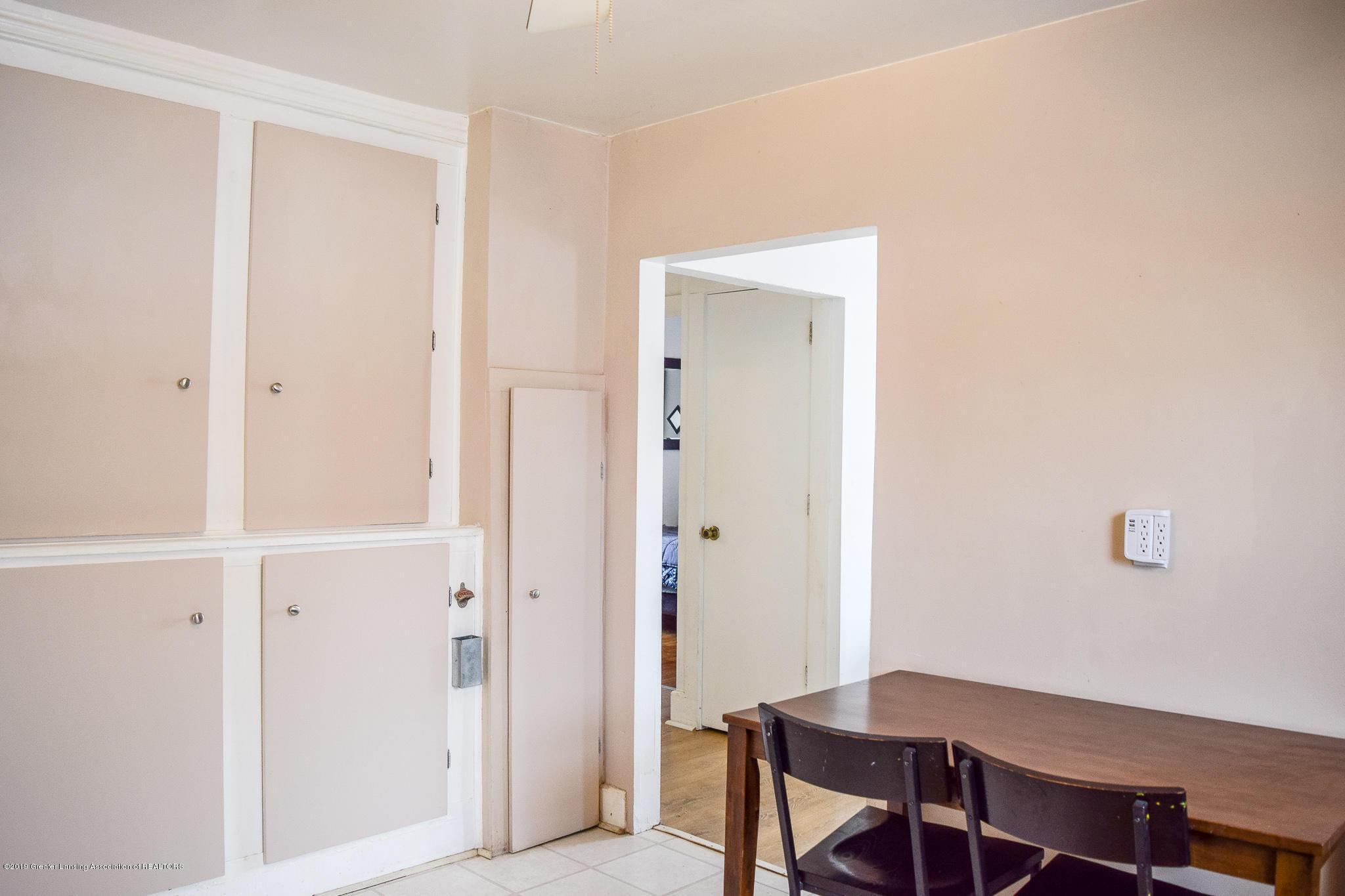 711 N Putnam St - Kitchen Storage - 9