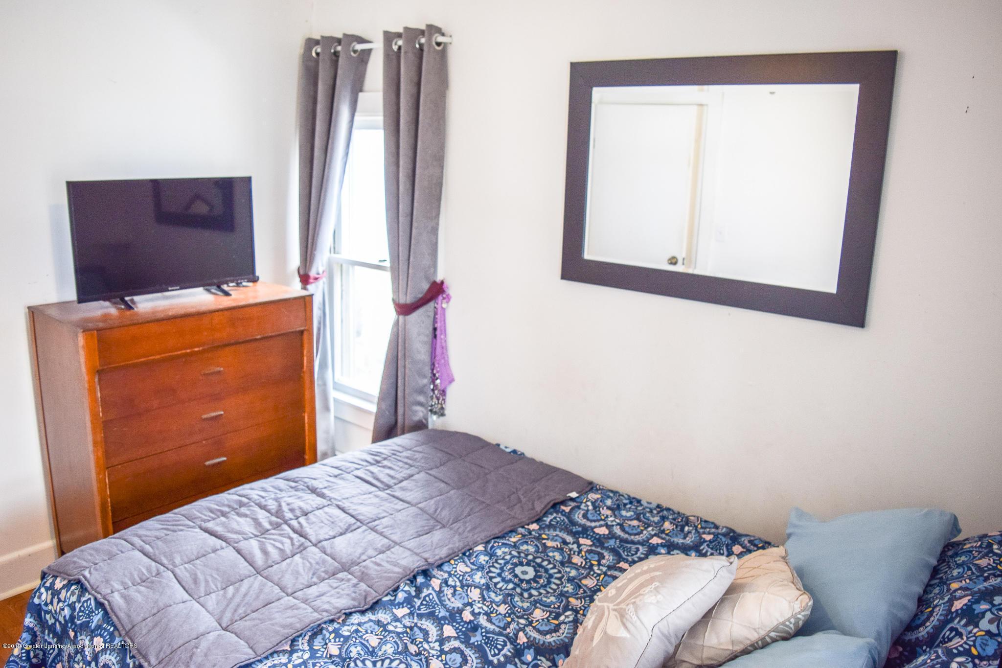 711 N Putnam St - Master Bedroom - 11