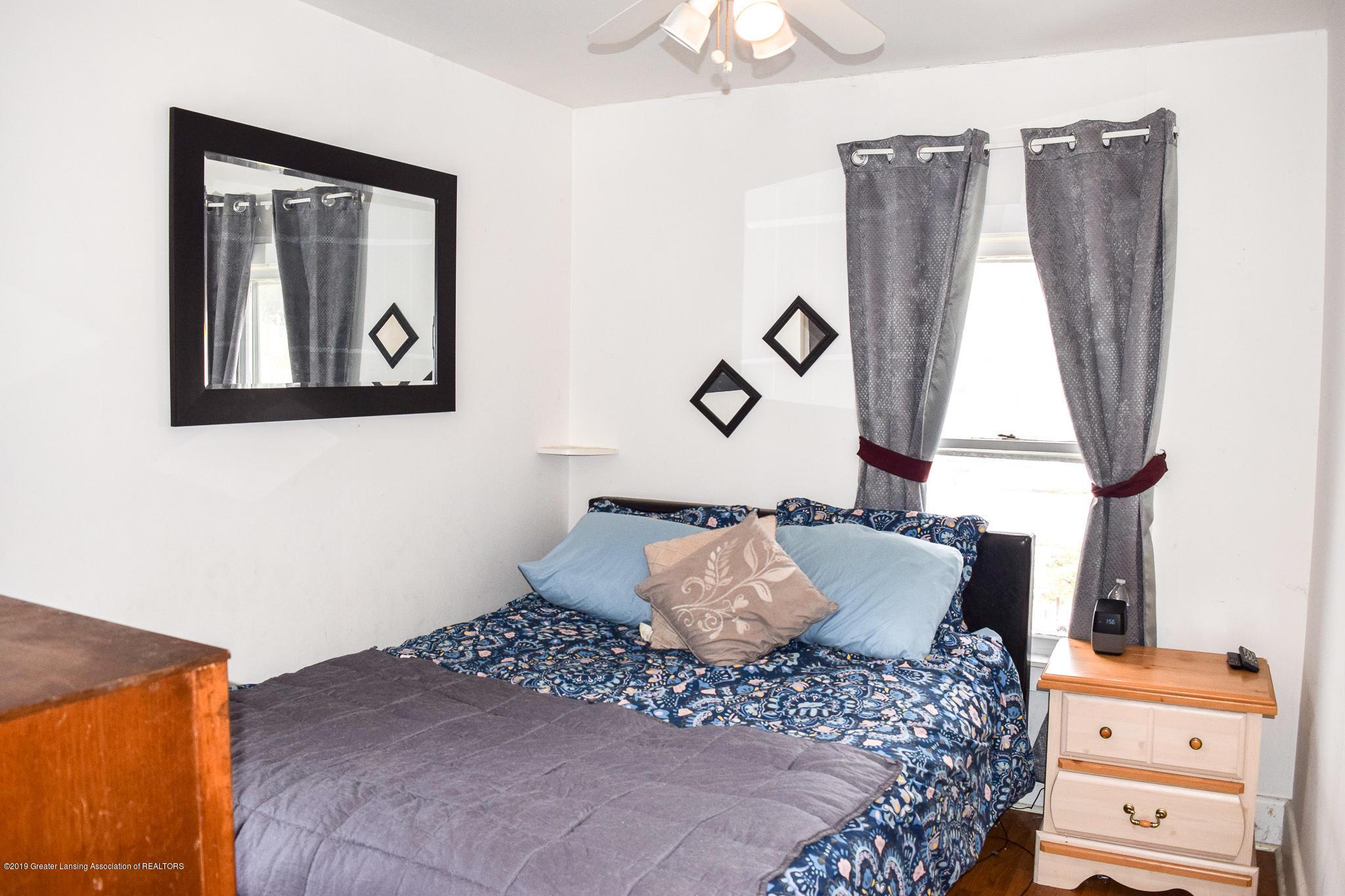 711 N Putnam St - Master Bedroom - 10